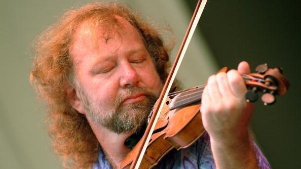 Scottish fiddler Alasdair Fraser is featured on this week's episode of <em>The Thistle & Shamrock</em>.