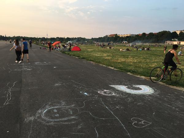 Thousands of Berliners come to Tempelhof on warm summer evenings, but there's always room for more.