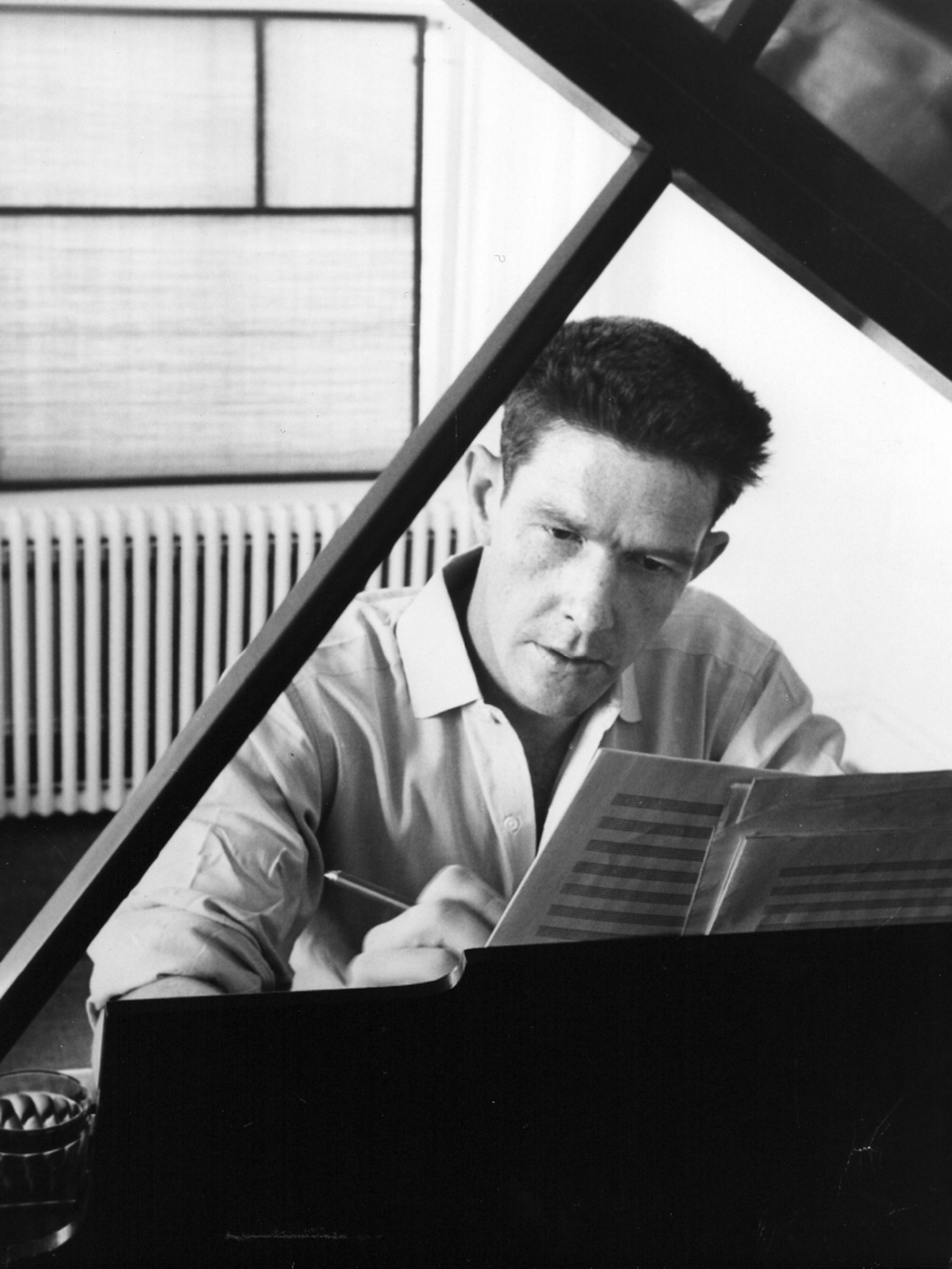 "john cage ""in the nature of the use of chance operations is the belief that all answers answer all questions"" n 1952, david tudor sat down in front of a piano for four."