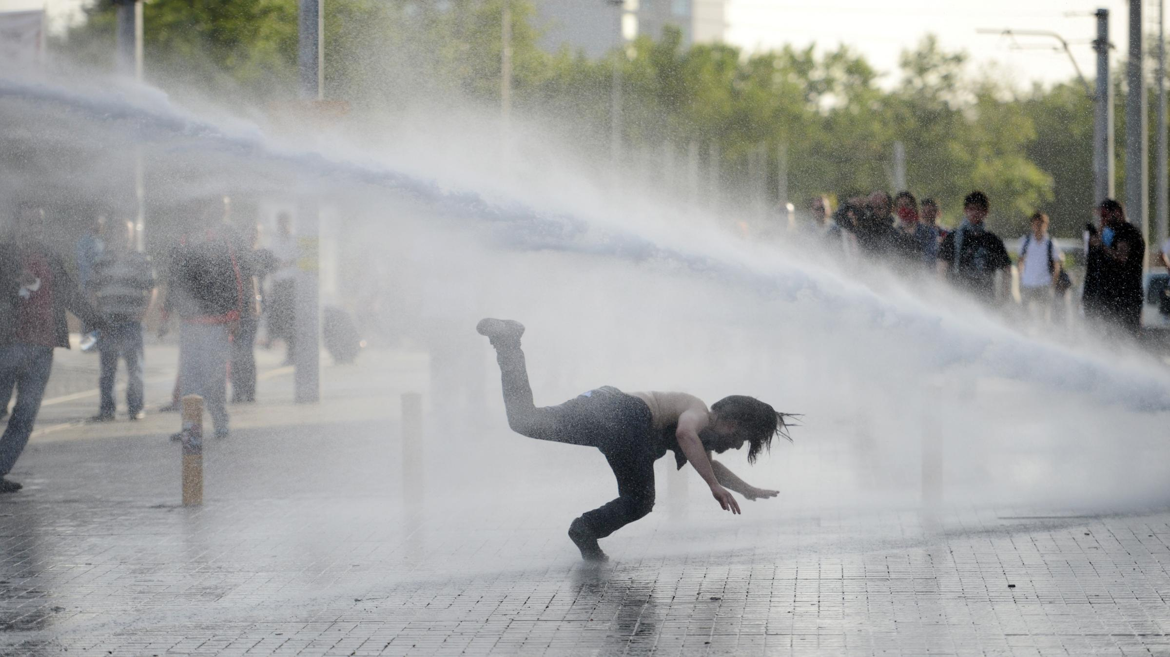 the gezi park protest In this report, pen assesses the violations of the right to freedom of expression  and to freedom of assembly during the gezi park protests.