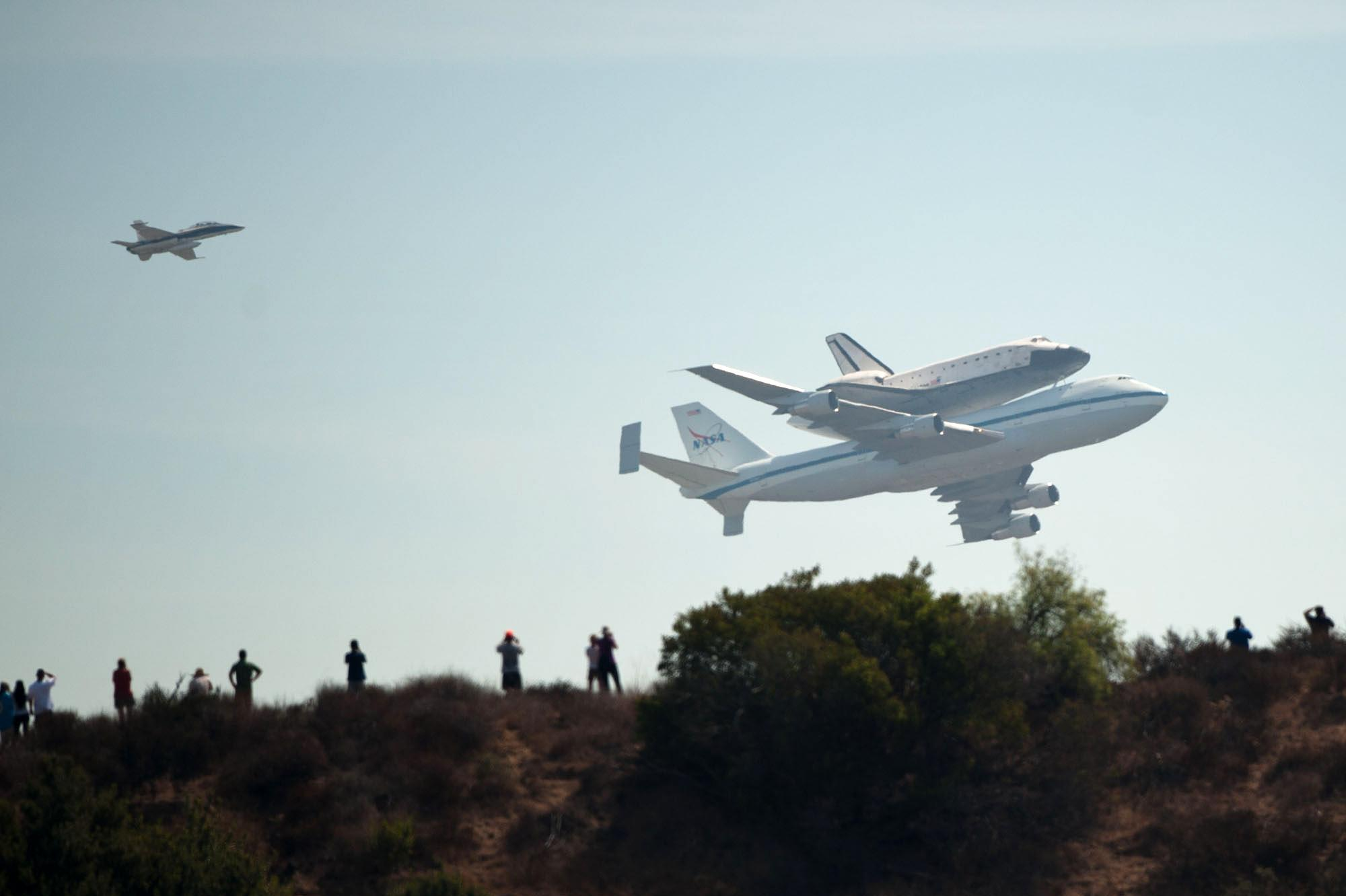 Touchdown Space Shuttle Endeavour Lands In Los Angeles  KUOW