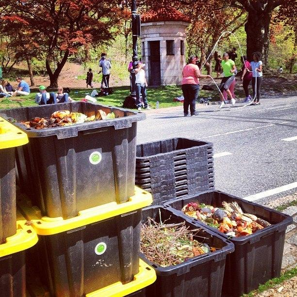 composting on the way up in new york city high rises kuow news and information. Black Bedroom Furniture Sets. Home Design Ideas