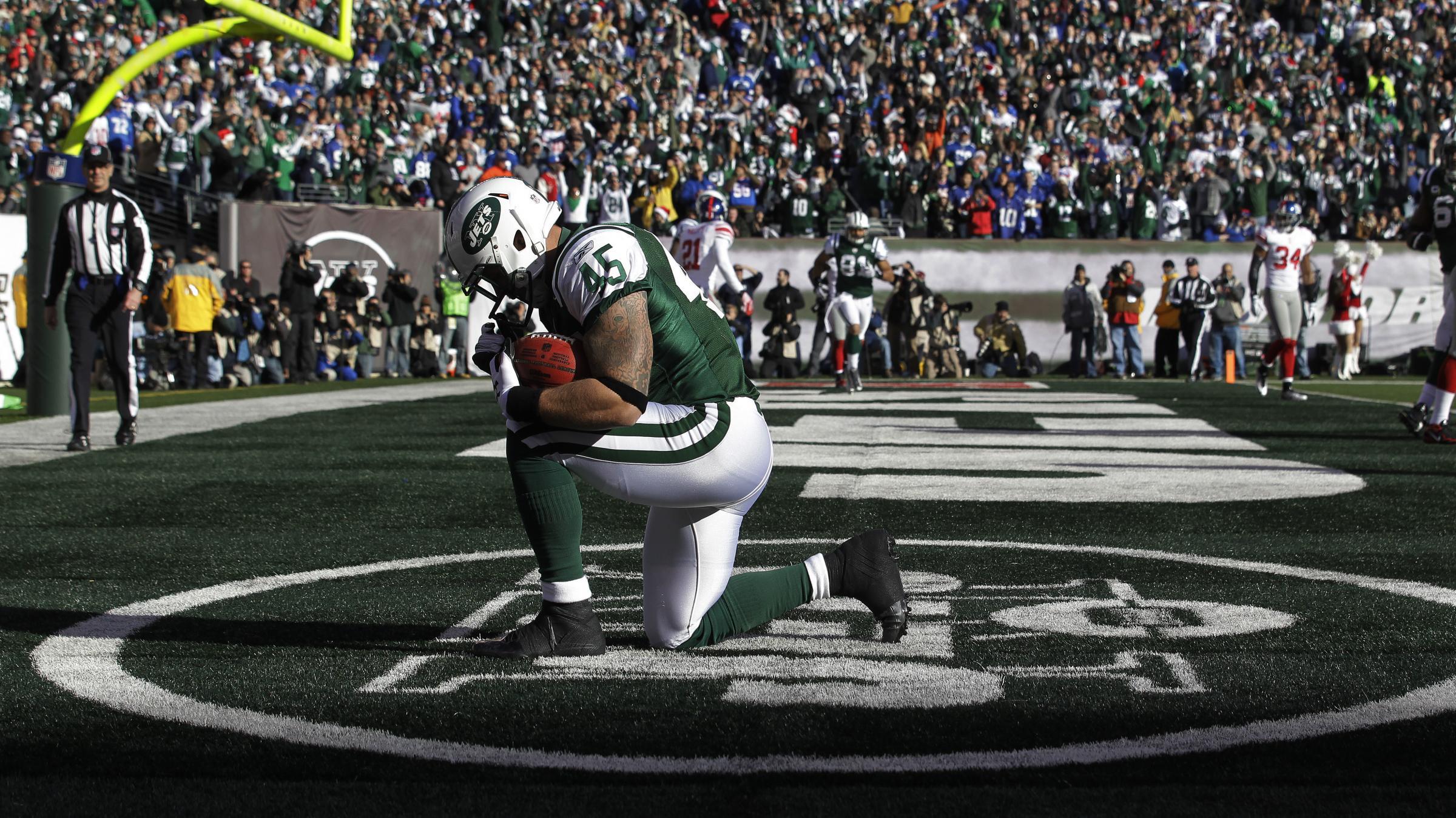 New York Jets tight end Josh Baker