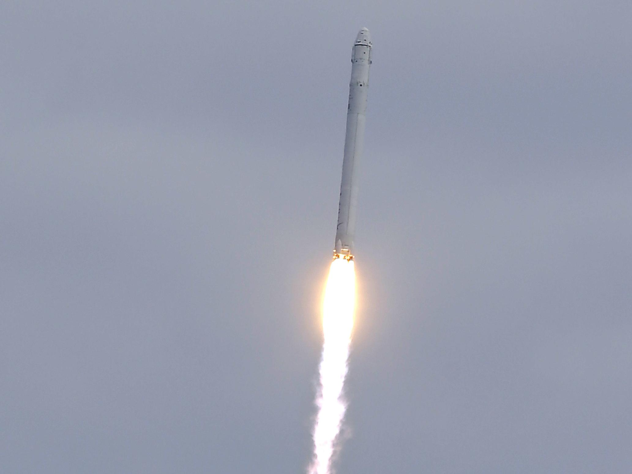 SpaceX Reports Problem With Dragon Capsule | WLRN