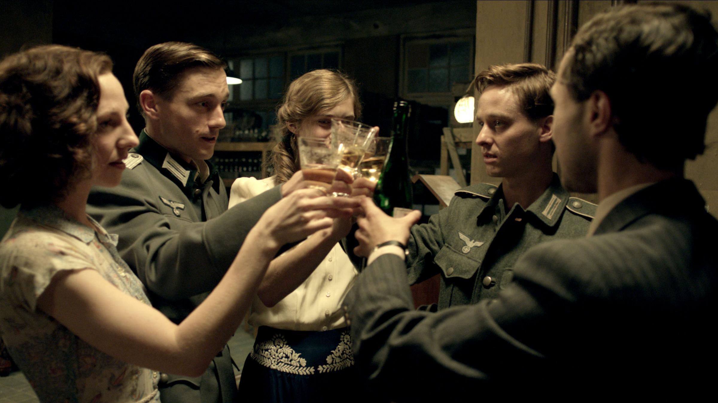 10 great films about women in wartime