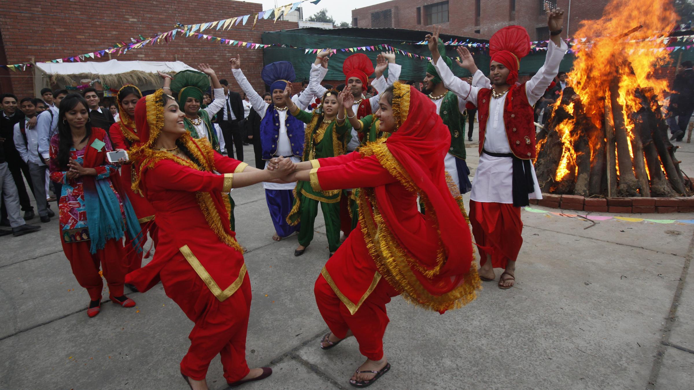 ... Indian Culture - EsamskritiUnder the essay, Indian national symbols