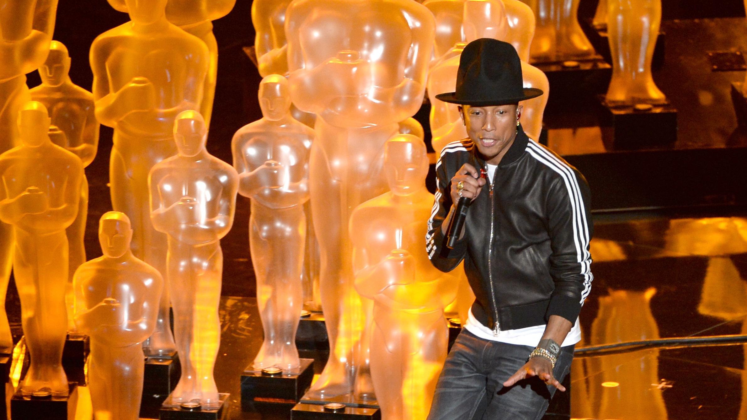 Pharrell williams sexy dancer