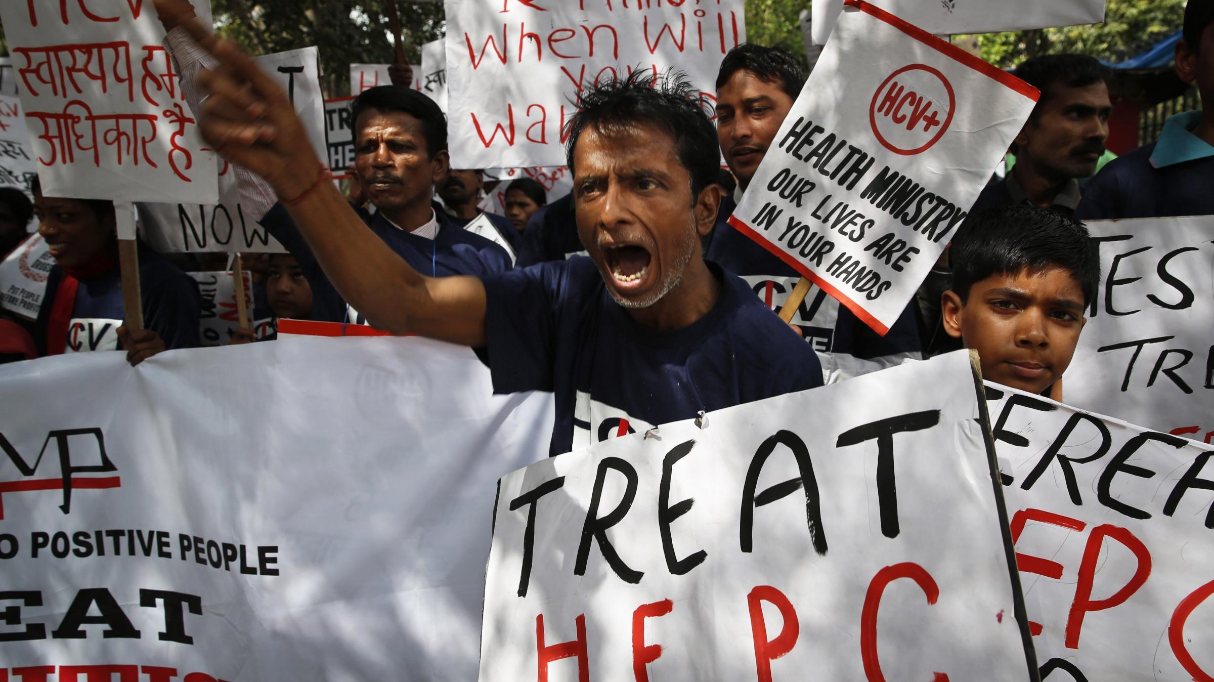 treat hepatitis c with interferon