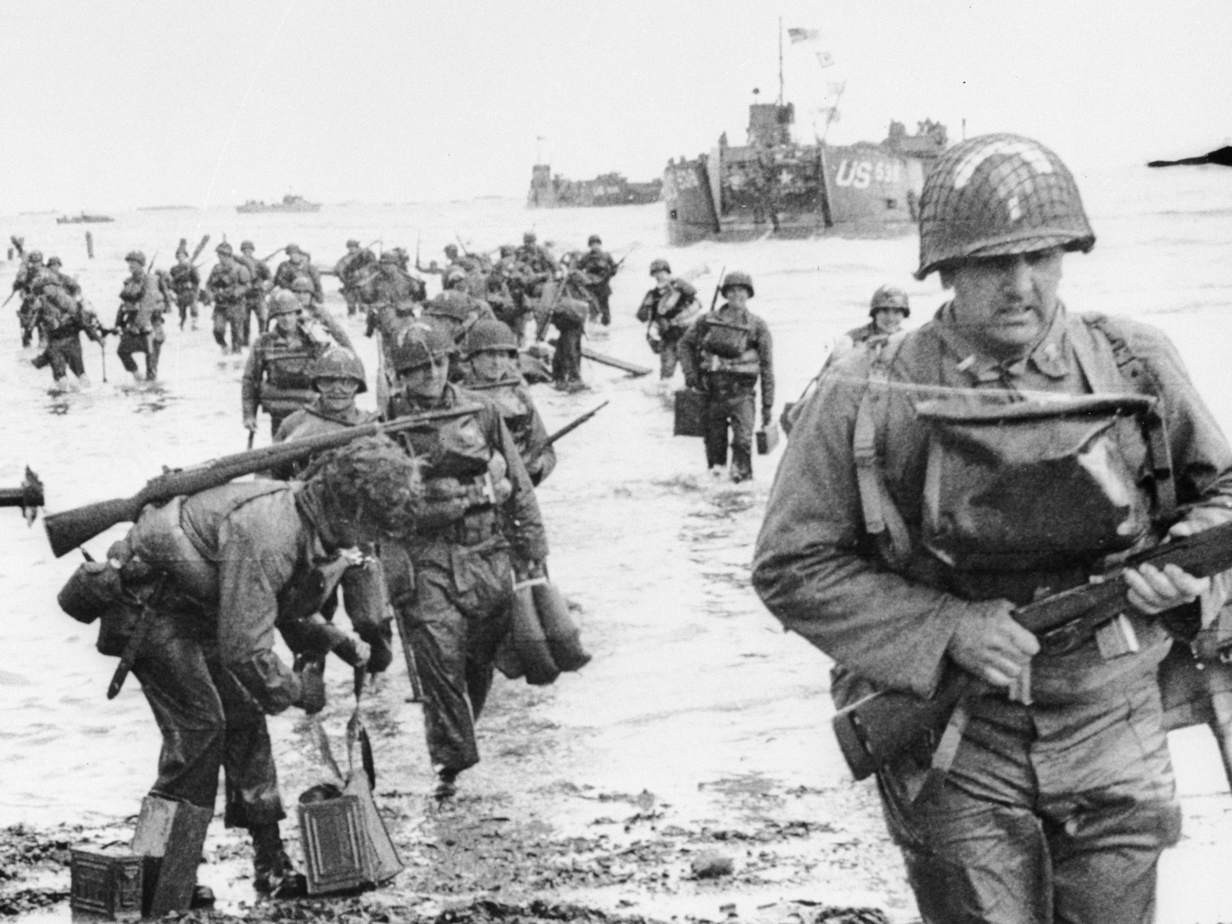 normandy beach women This is going around facebook here's a normandy beach landing photo they don't show you in textbooks brave women of the red cross arriving in 1944 to.