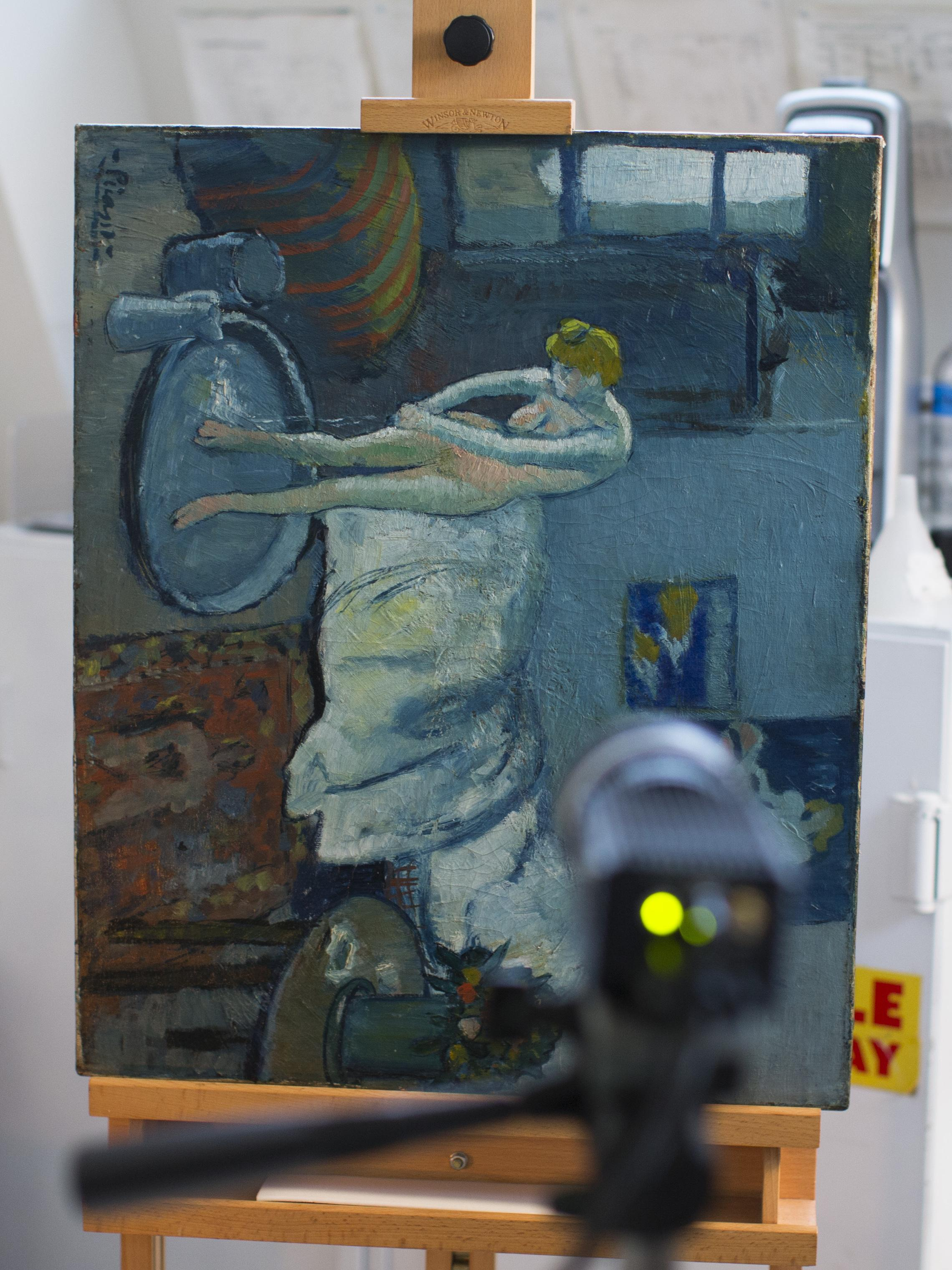 Man Emerges From Picasso\'s Painting \'The Blue Room\'   Vermont ...