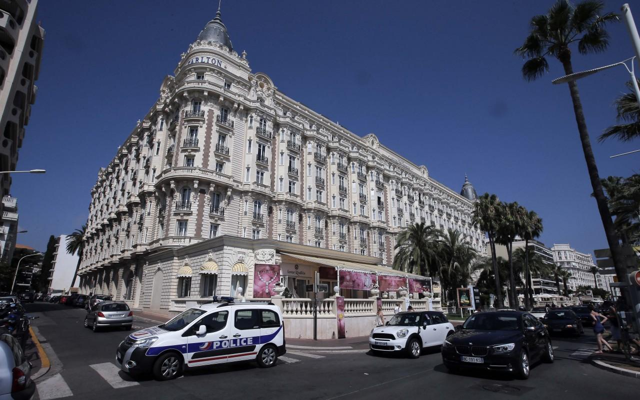 jewelry heist in cannes is third in 3 months kuow news and information. Black Bedroom Furniture Sets. Home Design Ideas
