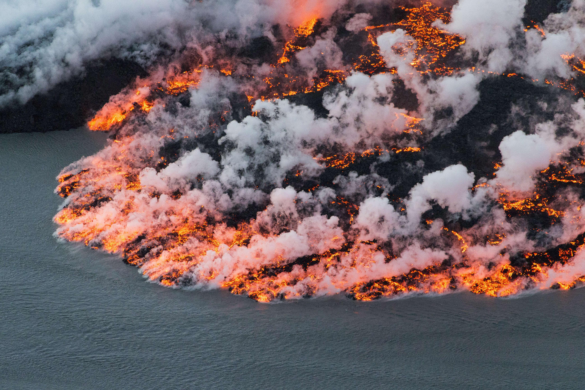 how to create a volcano eruption