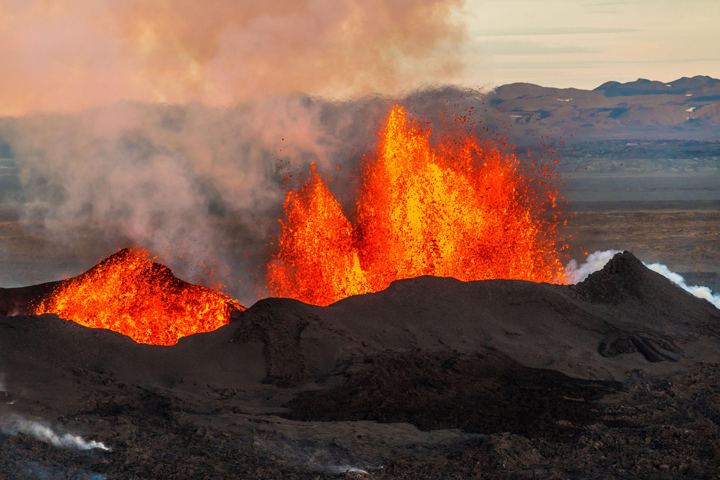 an introduction to the volcanoes and volcanic eruptions The greatest hazard is associated with strato-volcanoes found near subduction  zones these volcanoes may erupt violently at reasonable frequent intervals.
