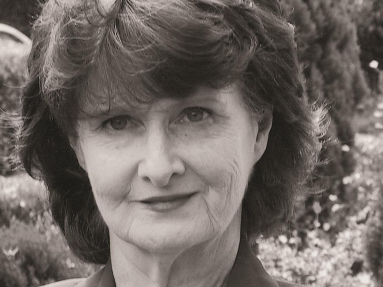 eavan boland its a woman s world analysis Claudia sartori 1 in her own image the representation of women in eavan boland's in her own image in a time in which ireland showed itself as a very conservative.