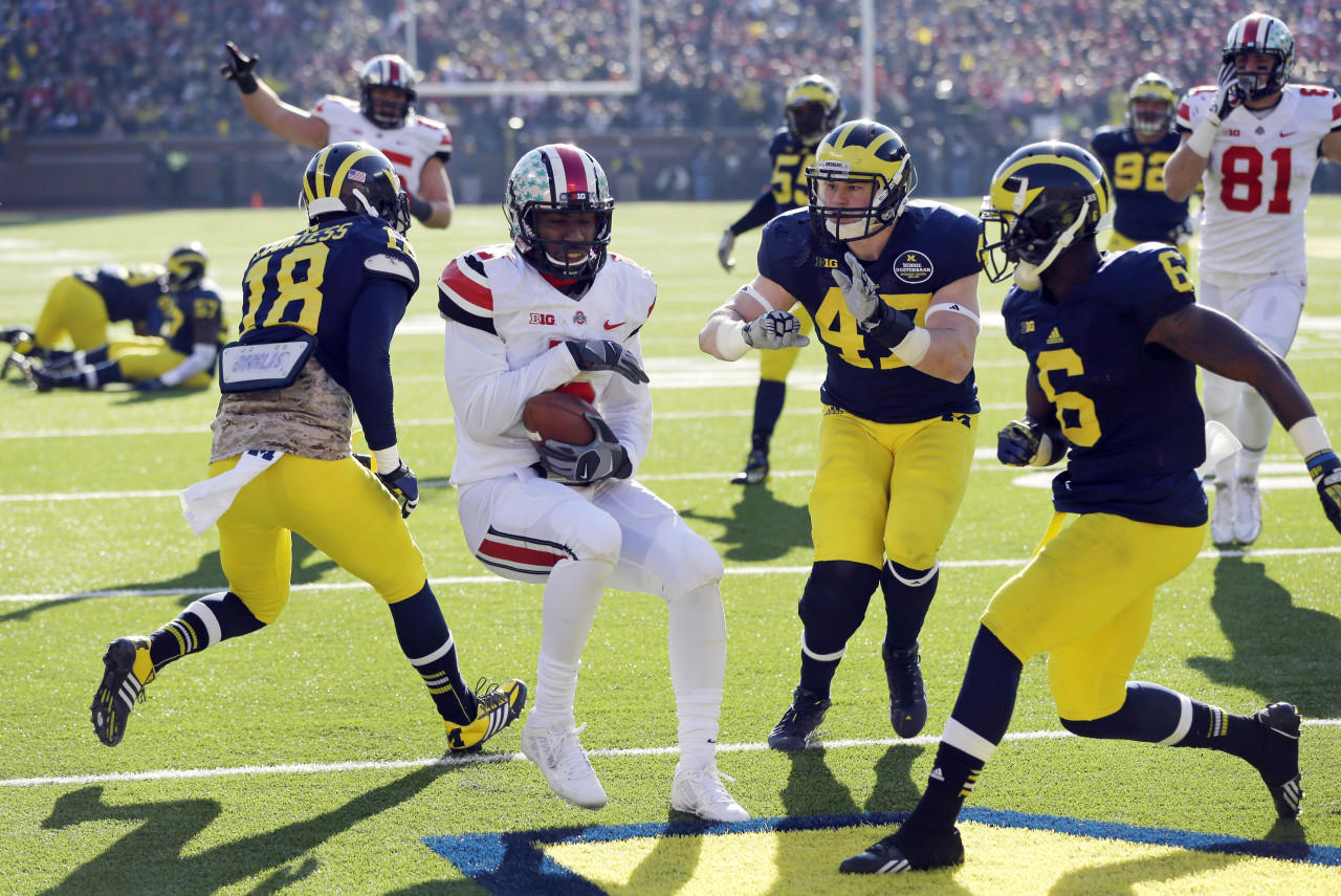 college ncaa football scores rivalry week college football