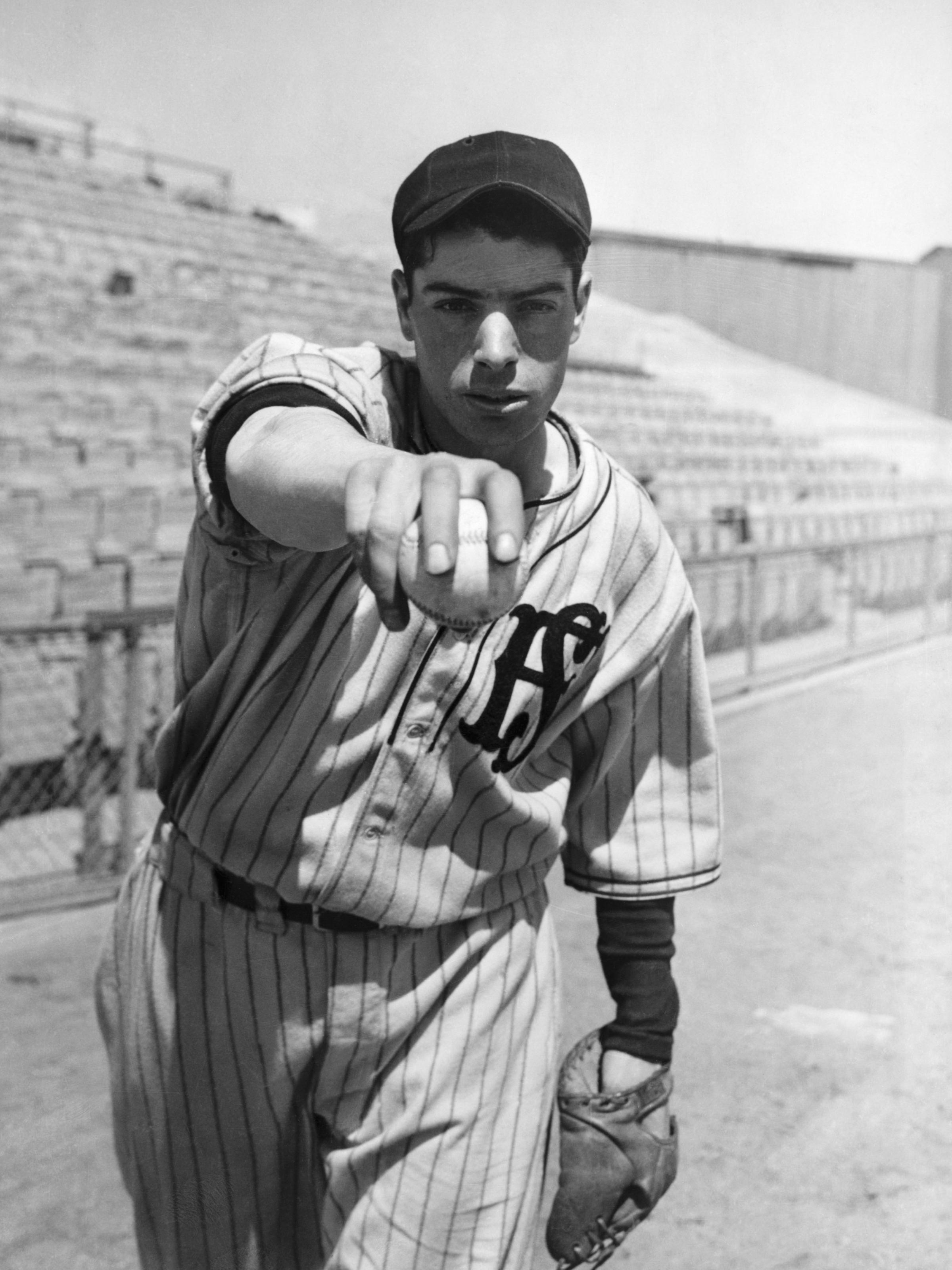 happy birthday to joltin joe who didn t even like baseball wuwm a young joe dimaggio was a hitter for hire playing whatever local ball club