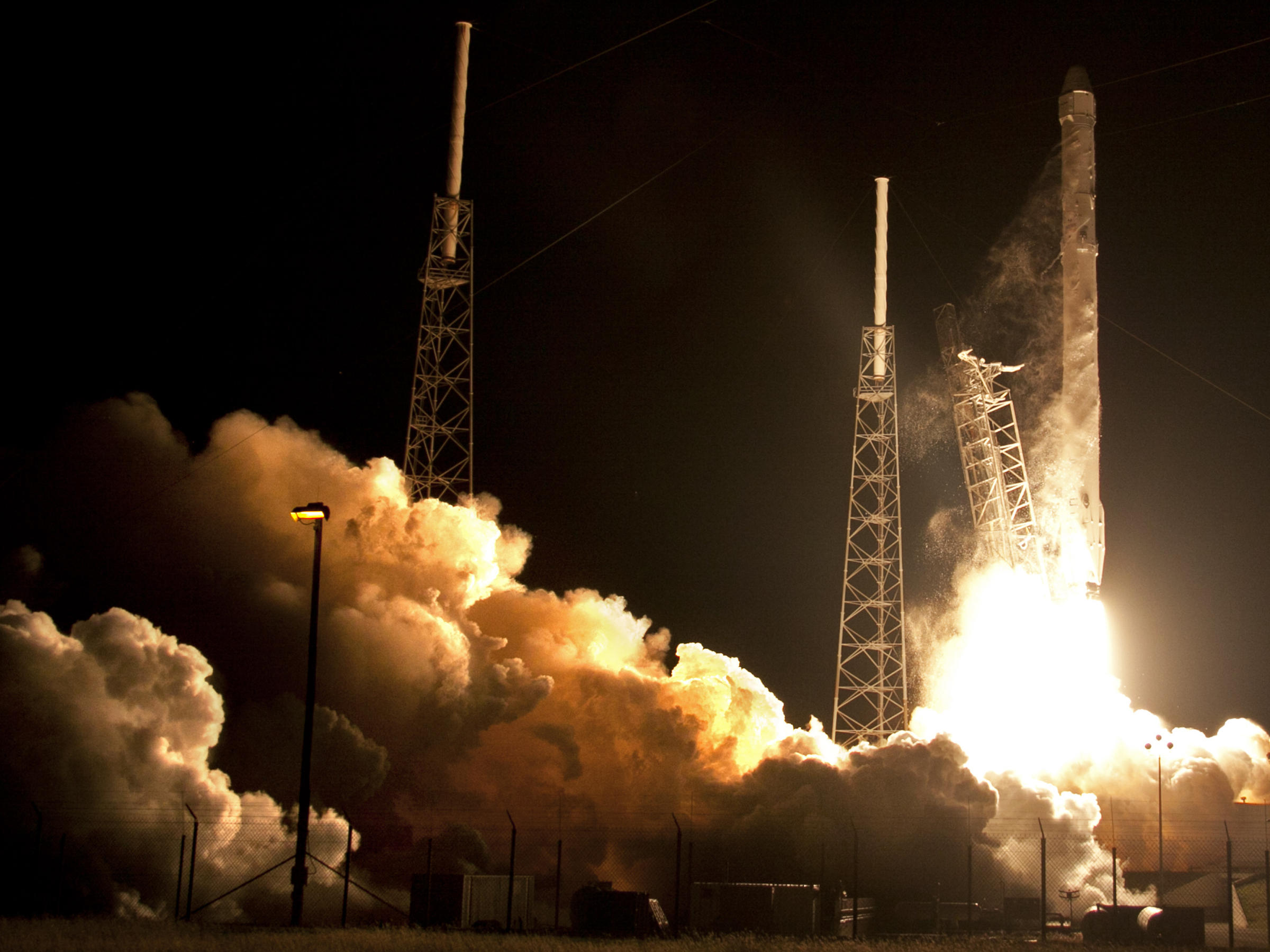 SpaceX Launch Successful; Recovery Attempt 'Close, But No ...