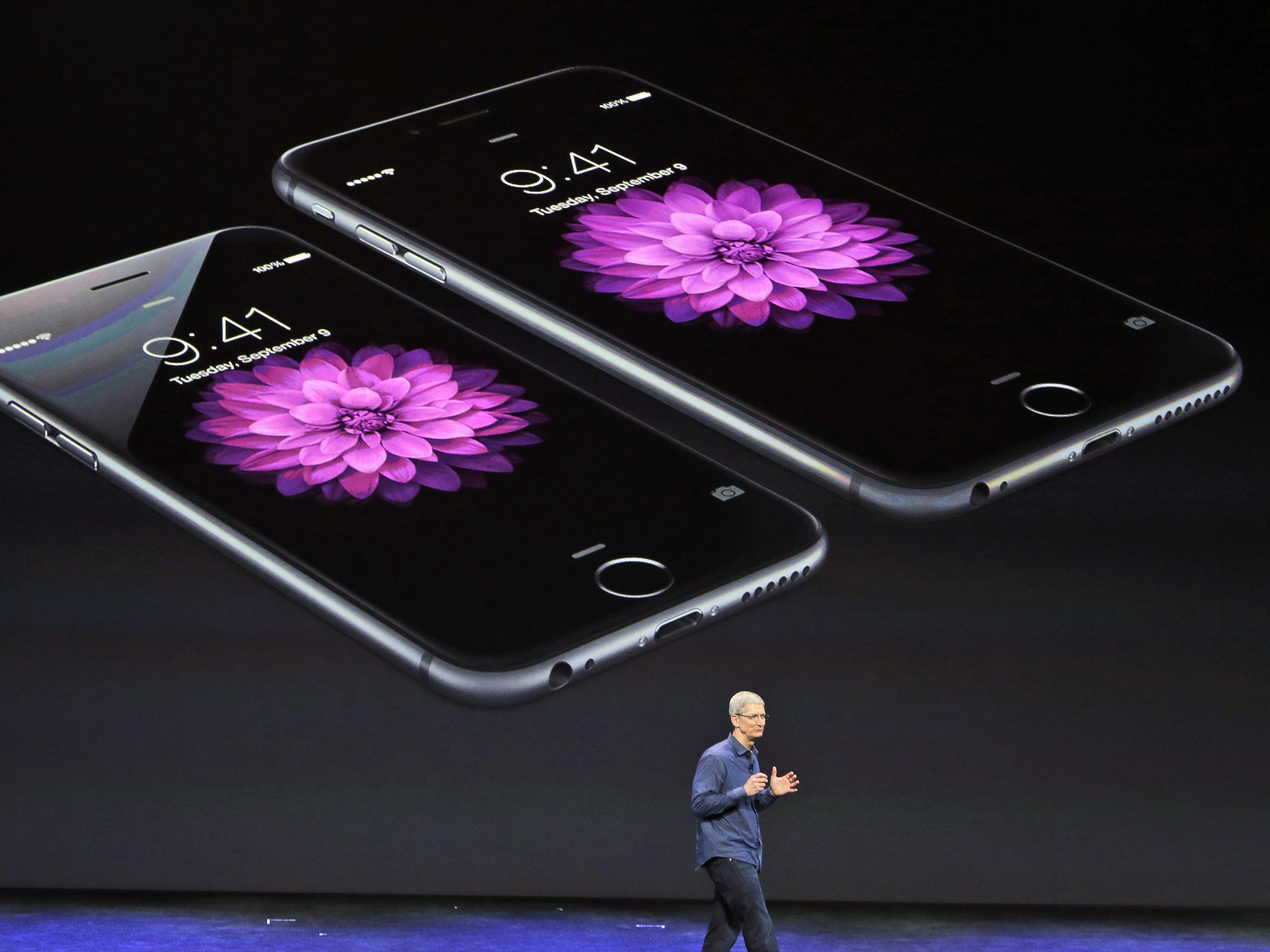 Apple CEO Tim Cook discusses the iPhone 6 and iPhone 6 Plus late last ...