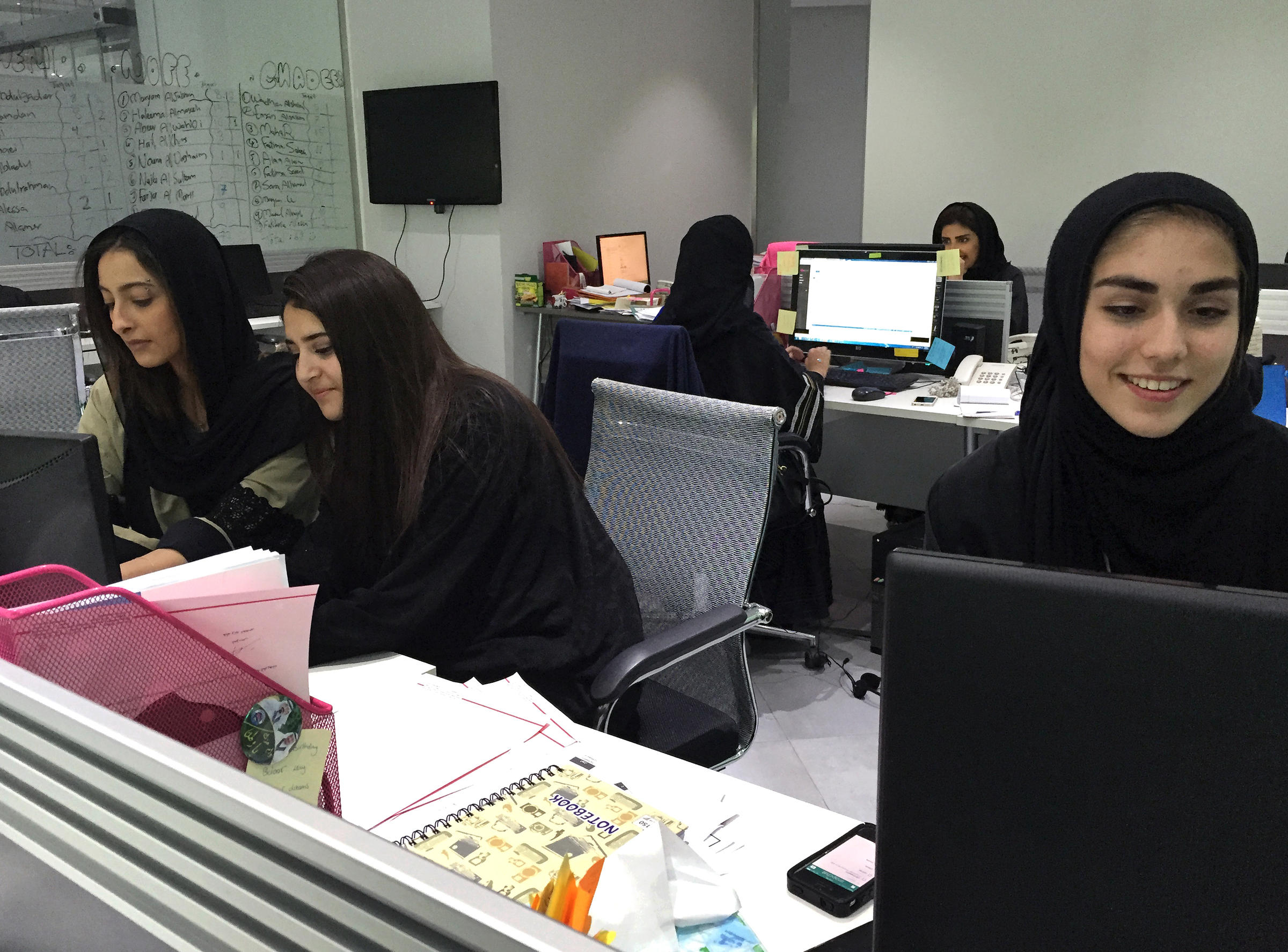 saudi girls can now take gym class but not everyone is happy women at gloworks a private company in saudi arabia that recruits women for jobs throughout the country there s now a glowfit which includes the first