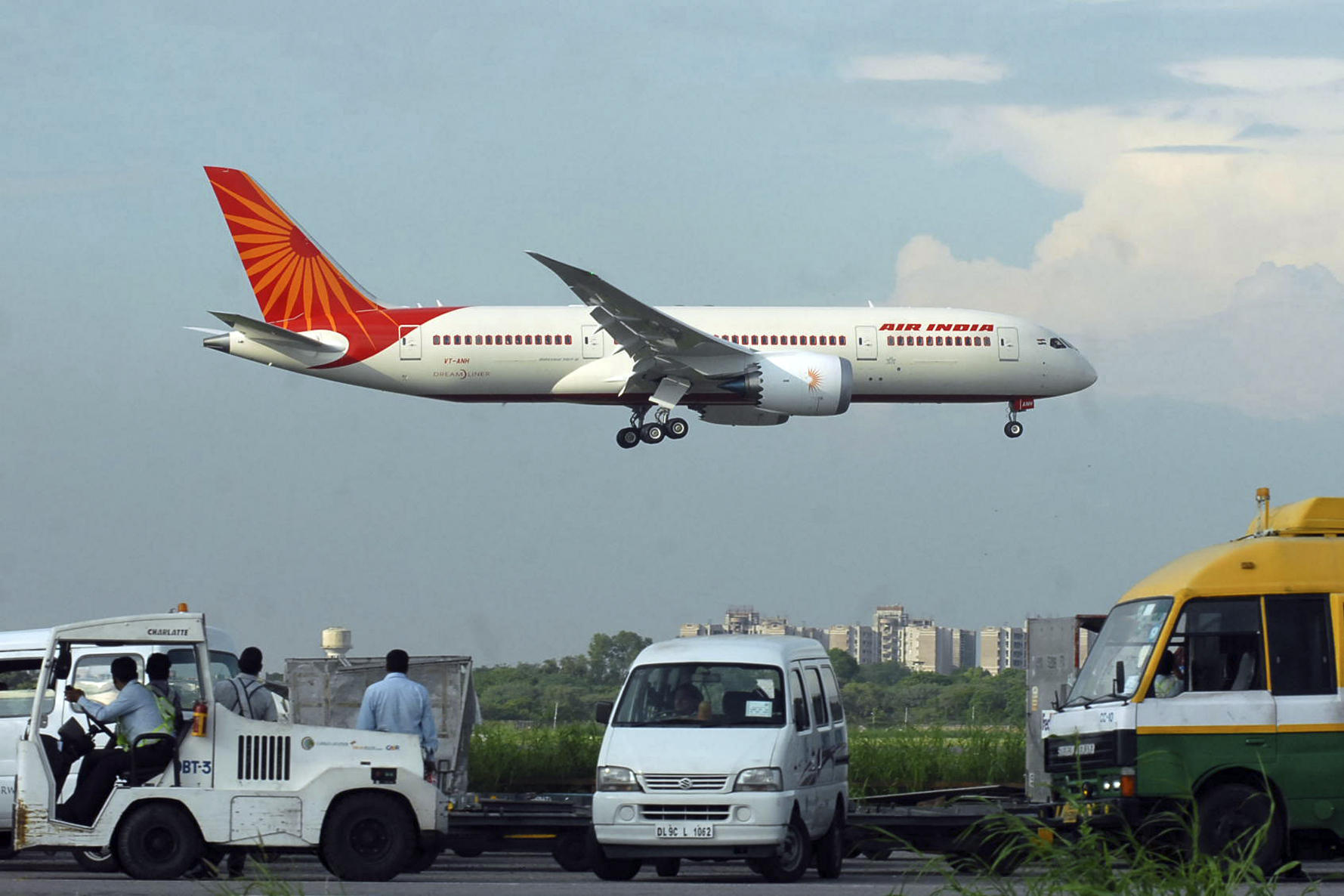 air india mission vision The airline's mission is to meet the increasing travel demands of domestic and   along with spicejet (india), easyjet (england), southwest (usa) and airasia x(   vision: to become the most preferred and prestigious airline in vietnam and in .