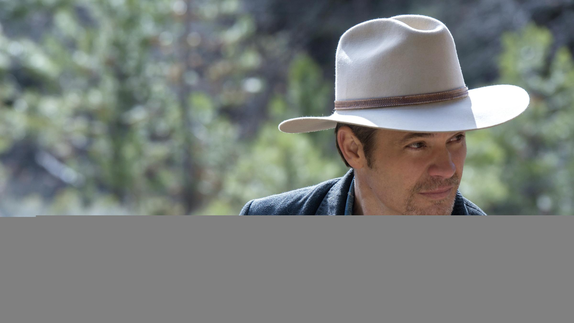 79954207fb46c Timothy Olyphant plays Deputy U.S. Marshal Raylan Givens on FX s Justified.  The series finale airs tonight.