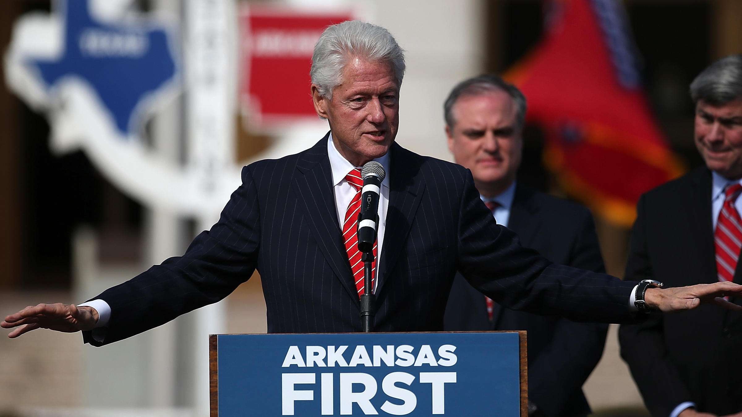 how president bill clinton redefined the democratic republican politics The development of political parties  the democratic party's new deal coalition redefined the  from the 1968 election of richard nixon to bill clinton.