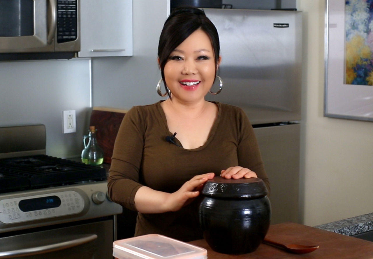 Youtube sensation publishes her first cookbook new hampshire youtube cooking sensation maangchi is out with her first cookbook maangchis real korean cooking maangchi forumfinder Gallery
