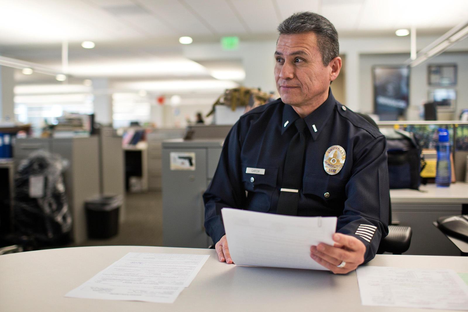 LA Police Unit Intervenes To Get Mentally Ill Treatment ...