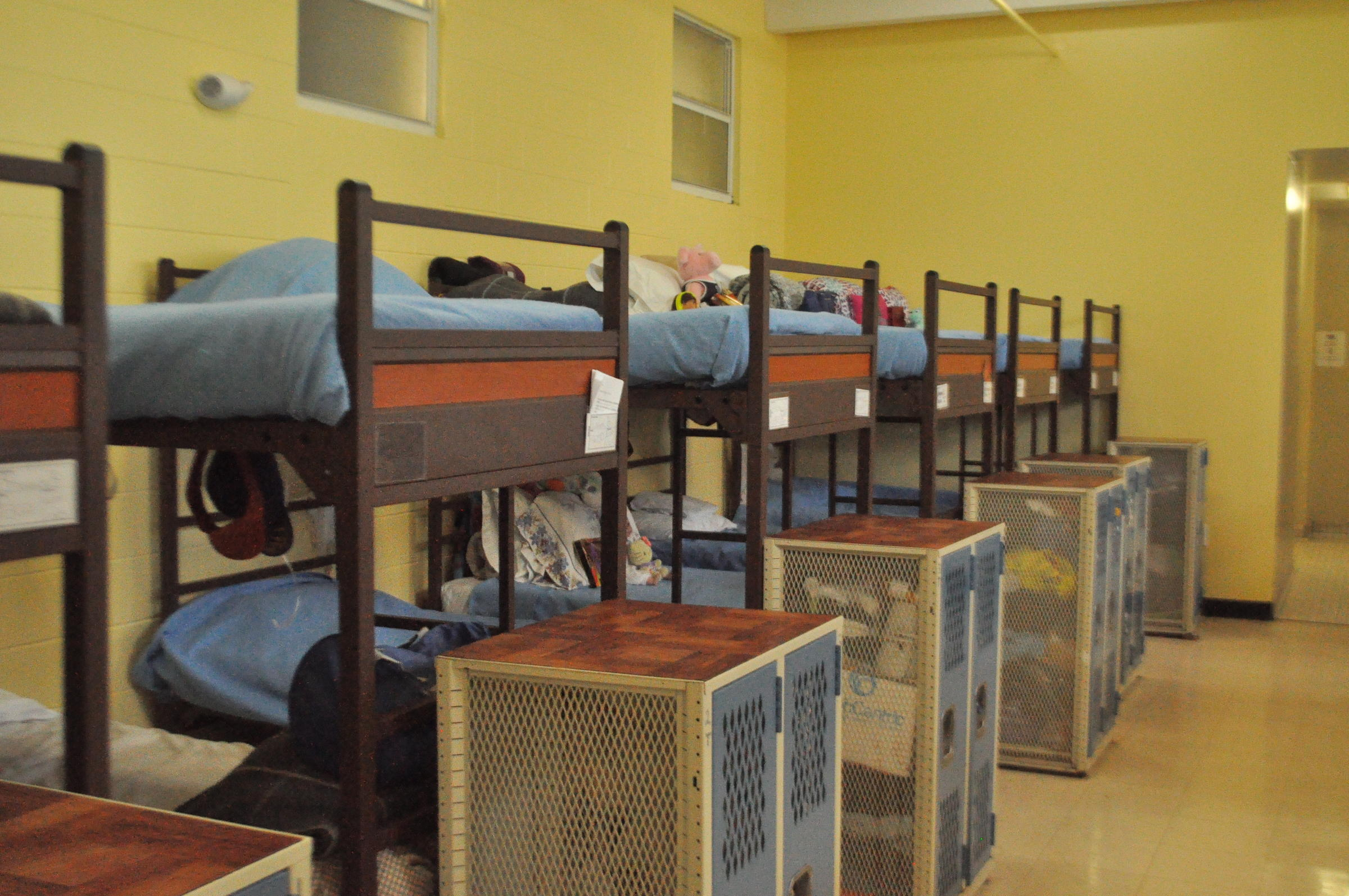 miami homeless shelter  u0026 39 infested u0026 39  with bed bugs