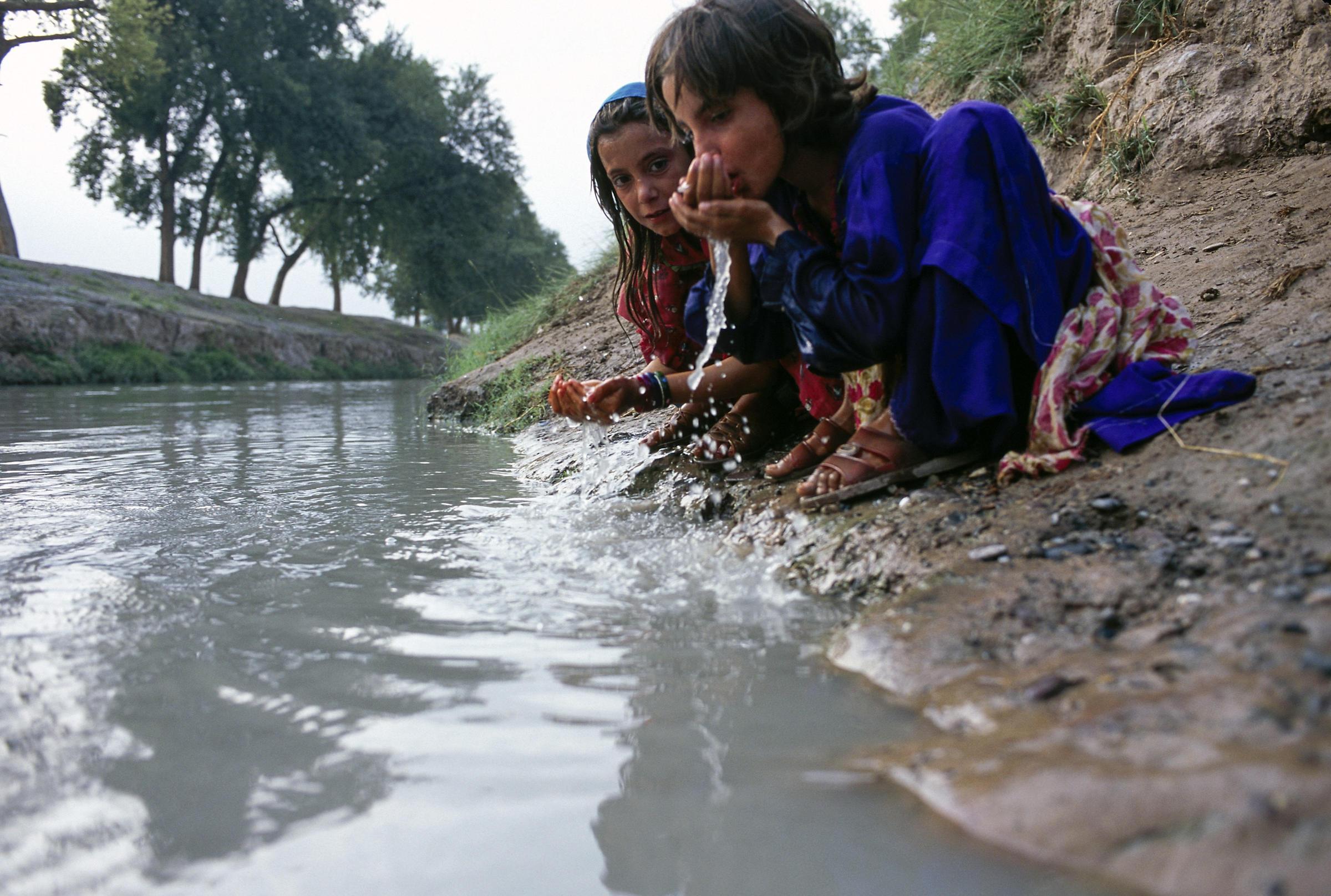 Children S Safe Drinking Water Program Pakistan