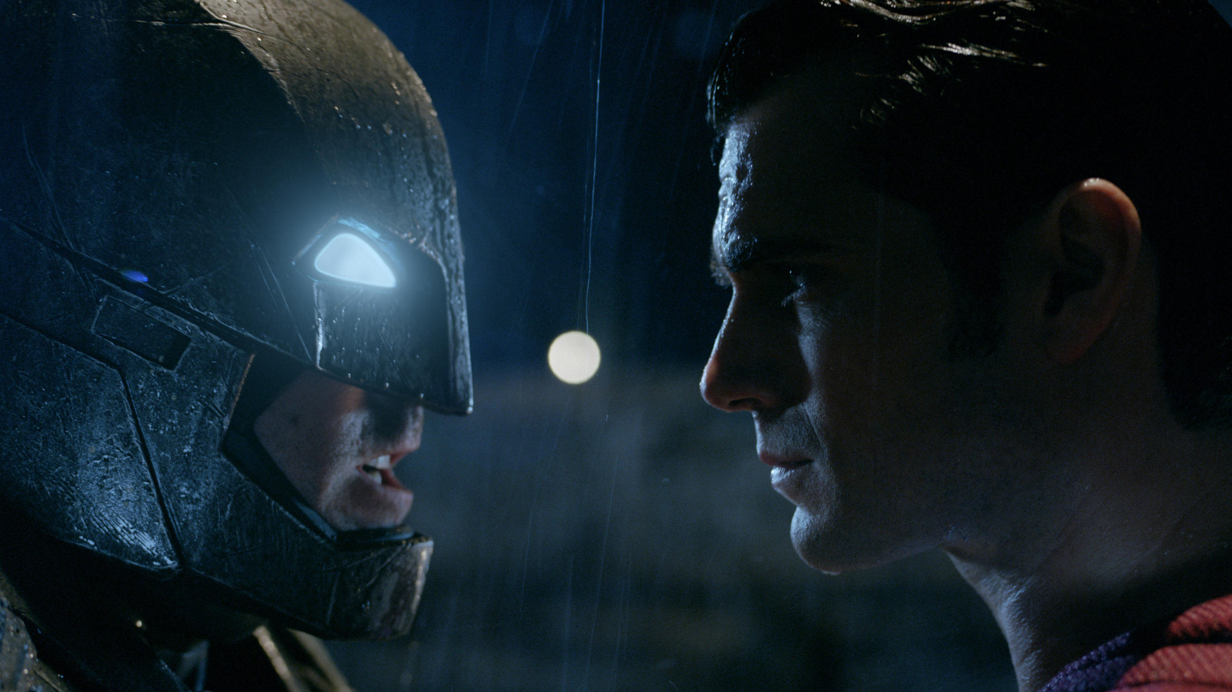 'Batman v Superman' soars to $27.7 million Thursday night
