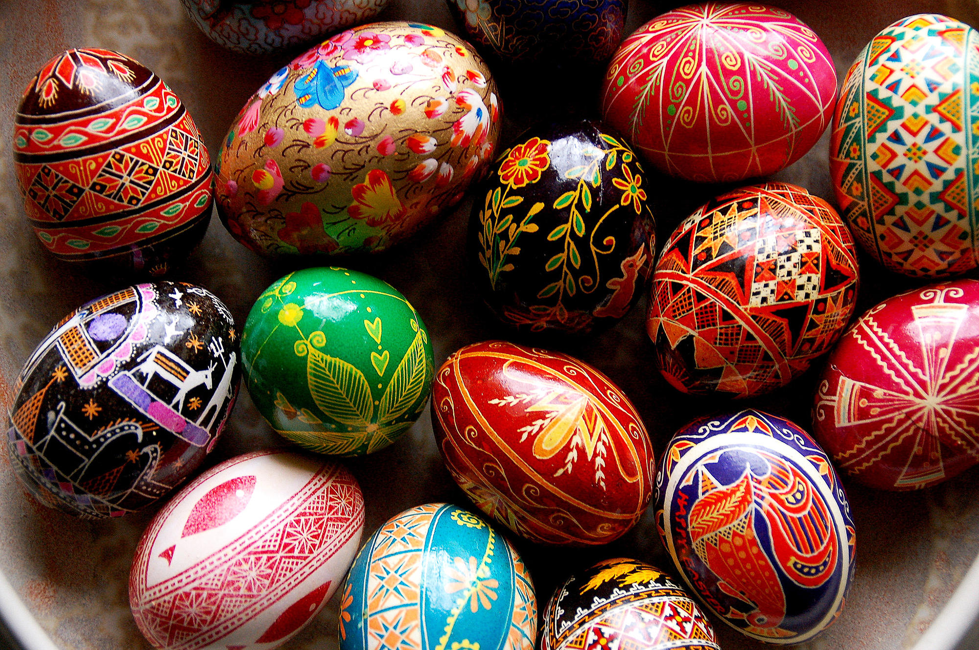 Pictures Of Decorated Easter Eggs 22