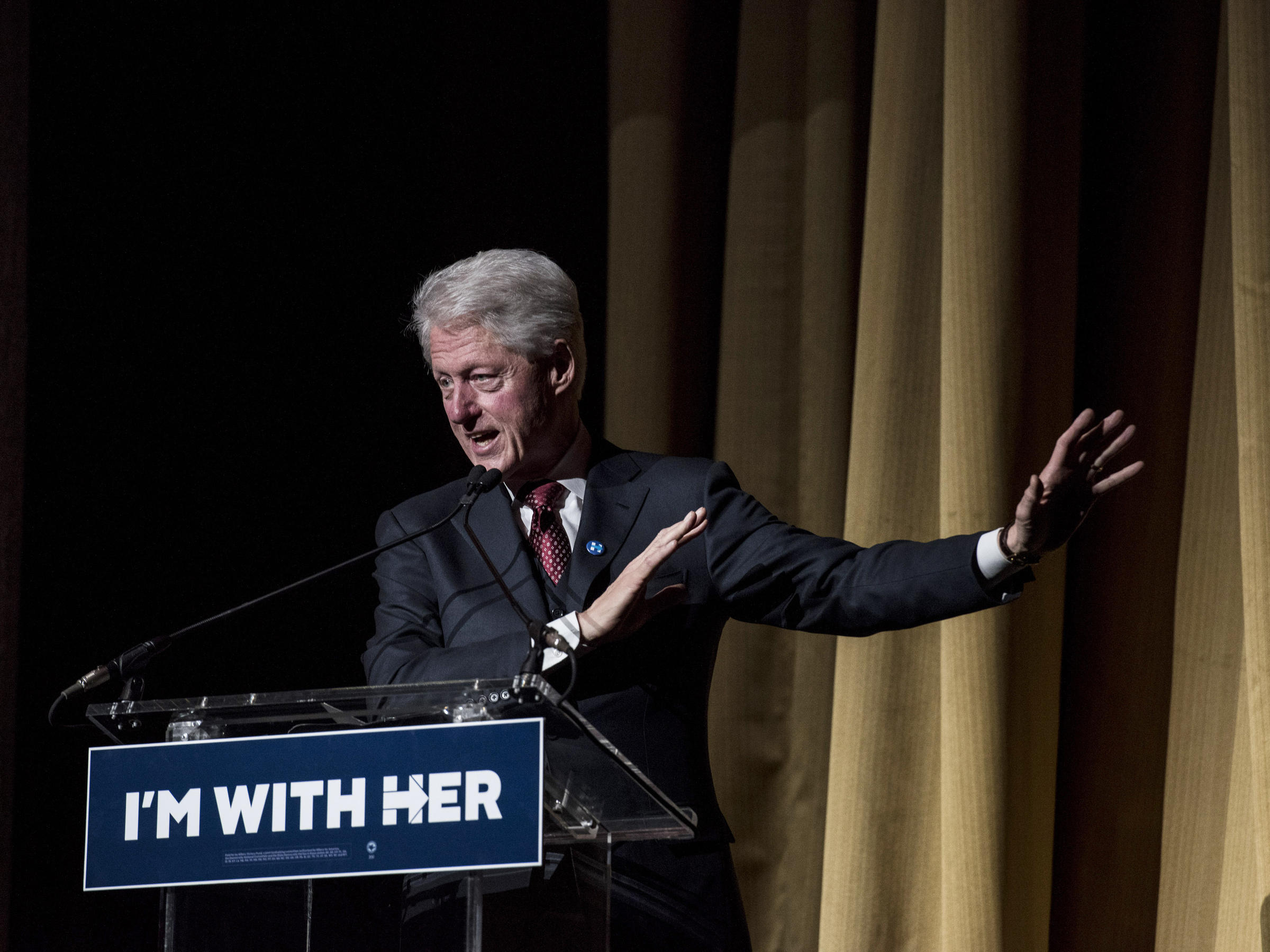 bill clinton and integrity The death of outrage: bill clinton and the assault on american ideals [william j  bennett] on  of those who dared question bill clinton's honesty and integrity.