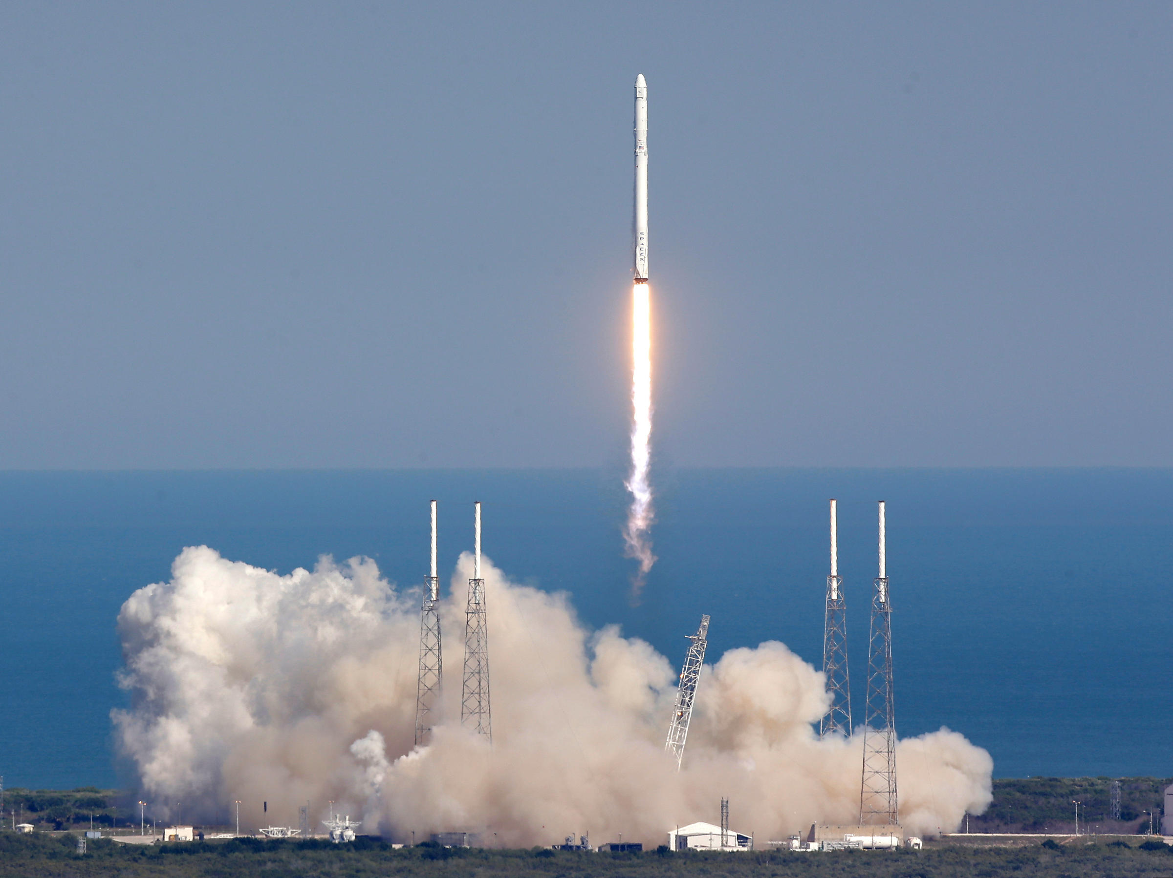 first spacex rocket - photo #2