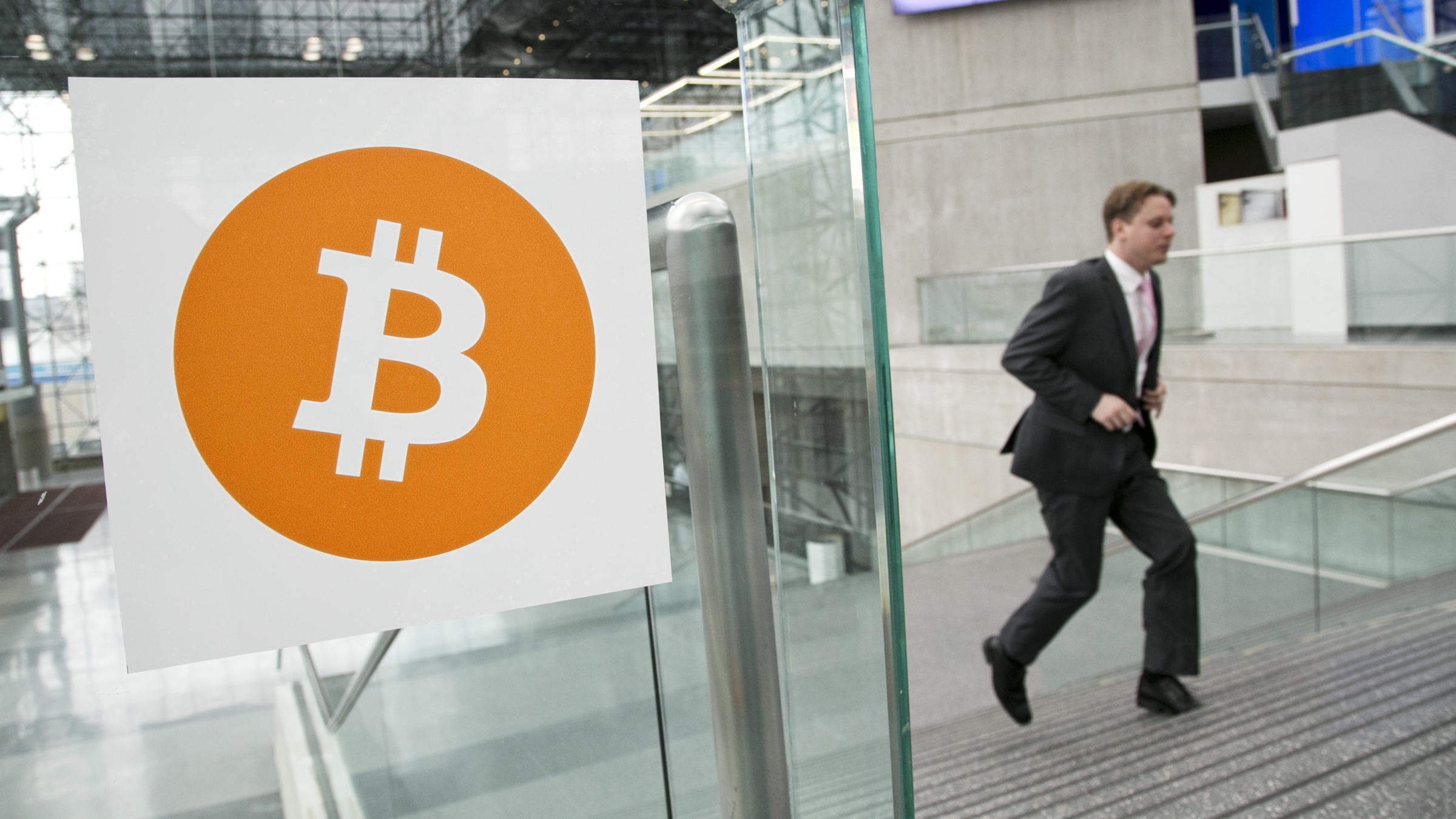 Bitcoin's Maker Revealed? Australian Man Says He Is ...