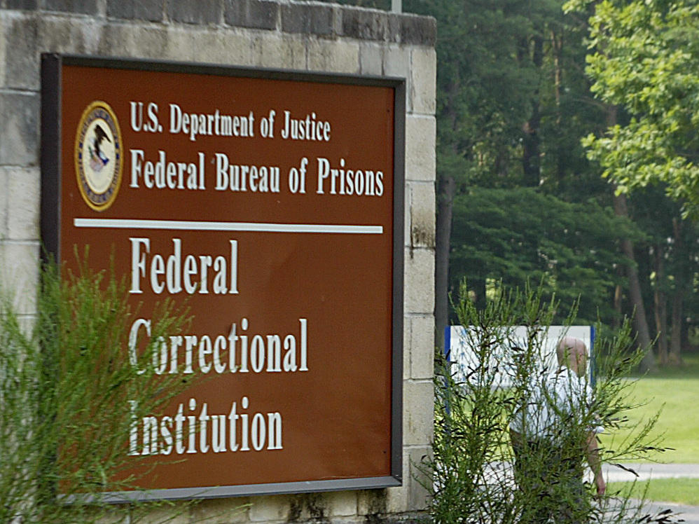 federalism from its beginning to the This article, a pilot study, examines the behavior of courts in federalism disputes  it explores the circumstances that lead courts to take a.