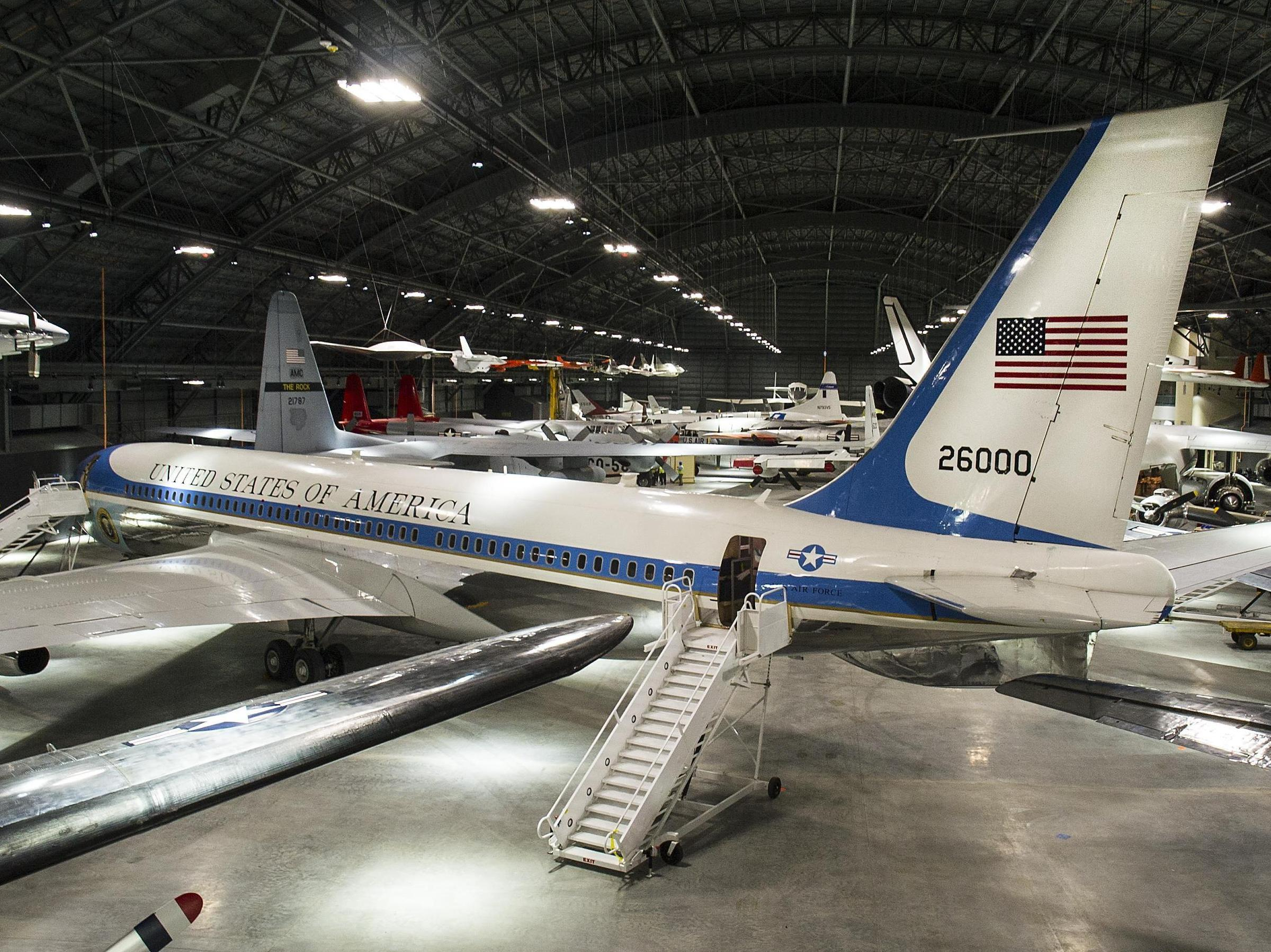 museum builds new hangar to show off former air force one new hampshire public radio. Black Bedroom Furniture Sets. Home Design Ideas