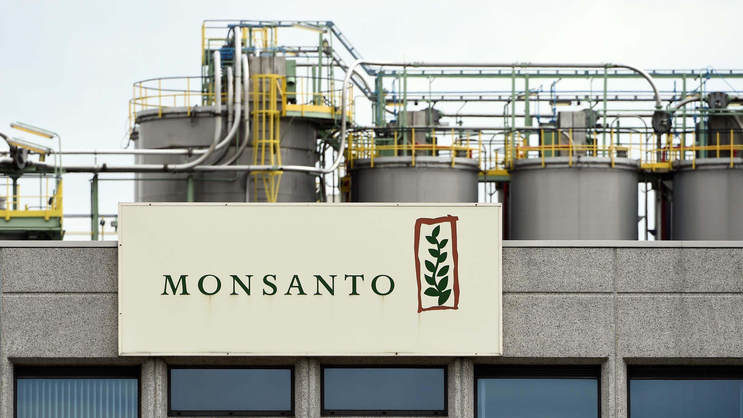 Chemical giant bayer agrees to buy monsanto for 66 billion krcb the monsanto logo on a building at the firm manufacturing site and operations center near antwerp belgium on may 24 buycottarizona Image collections