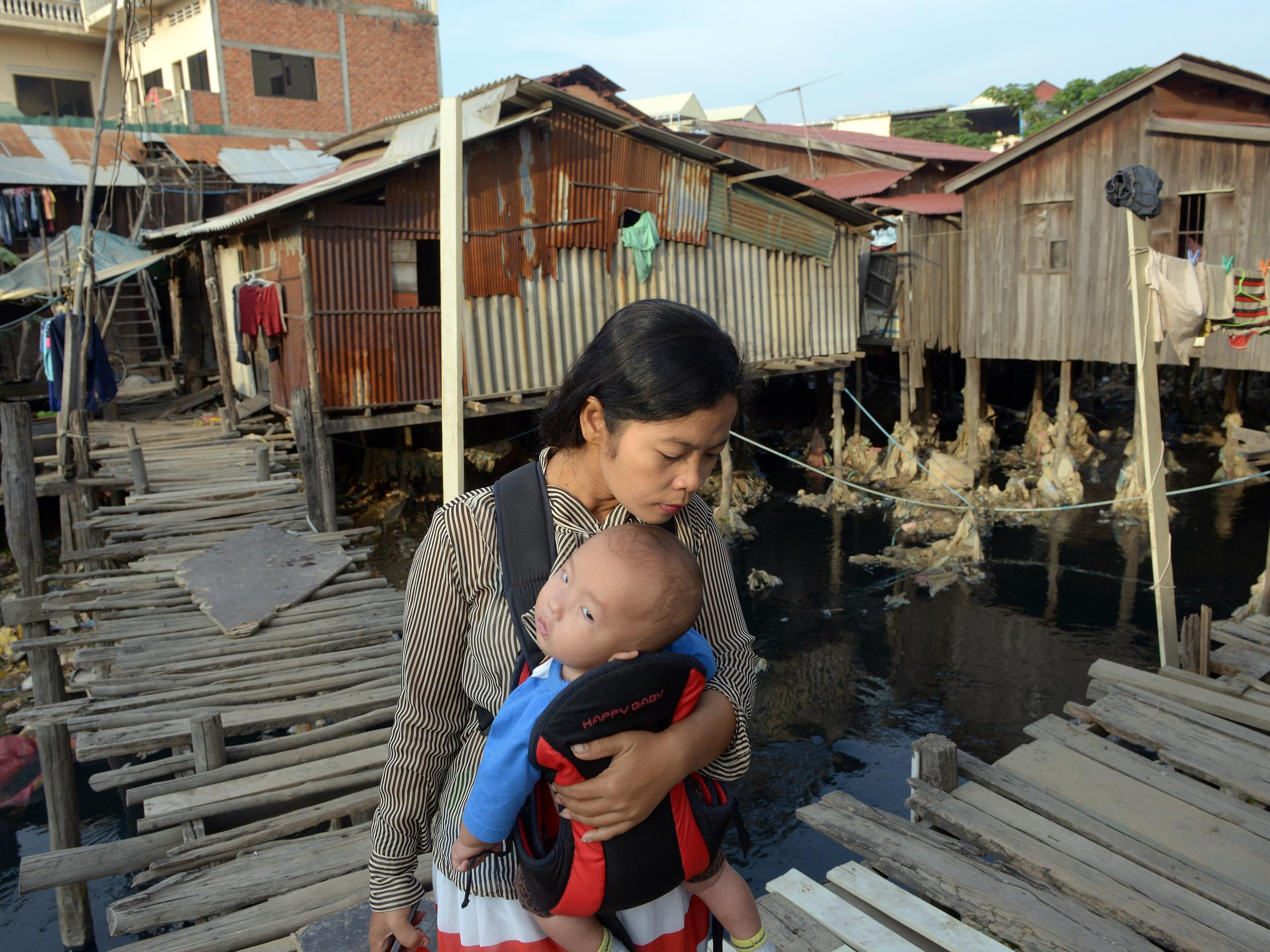 economic poverty This part of the globalissuesorg web site presents some of the hard hitting facts and statistics on poverty.