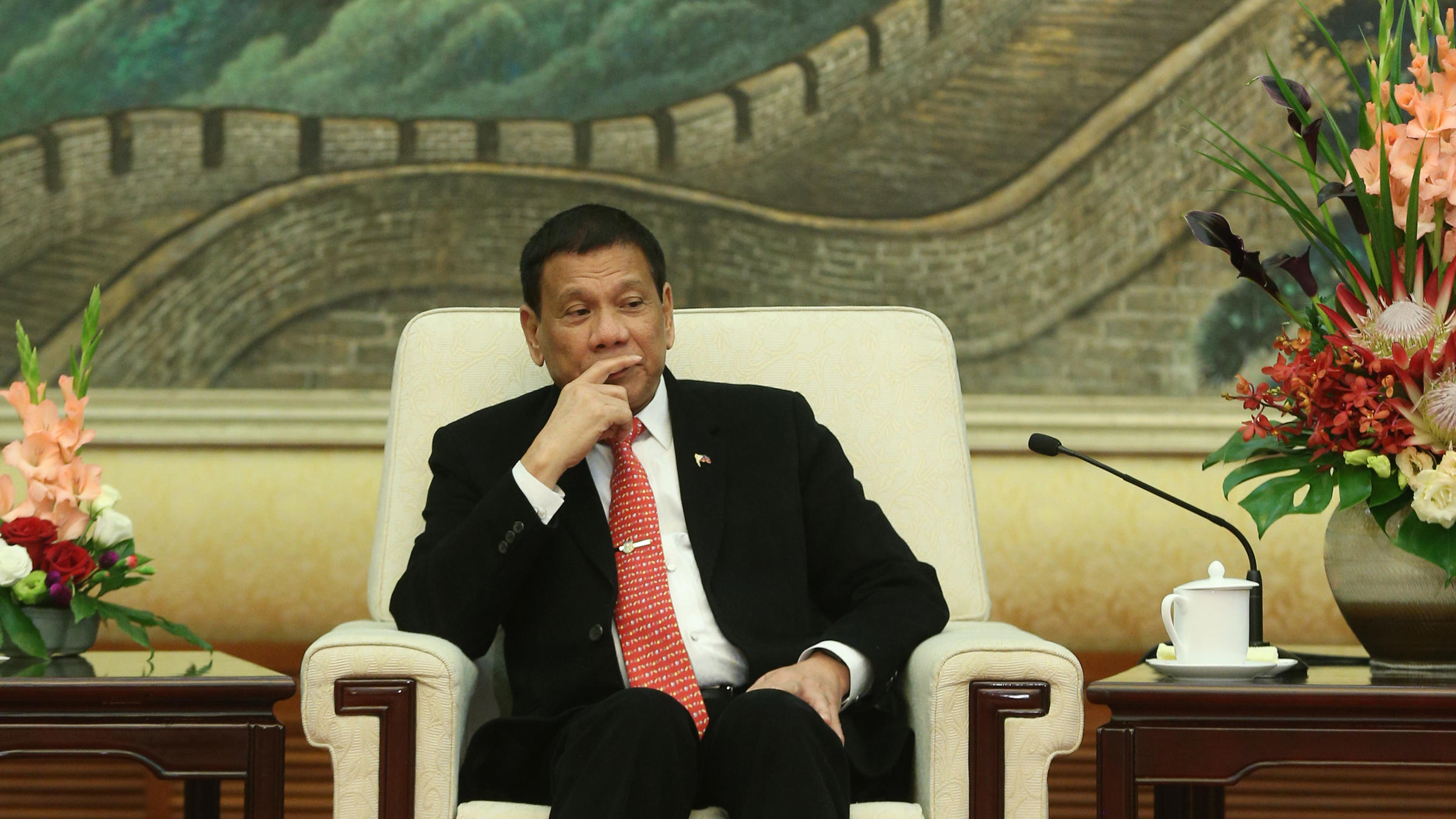 Improved ties between China-Philippines not a threat
