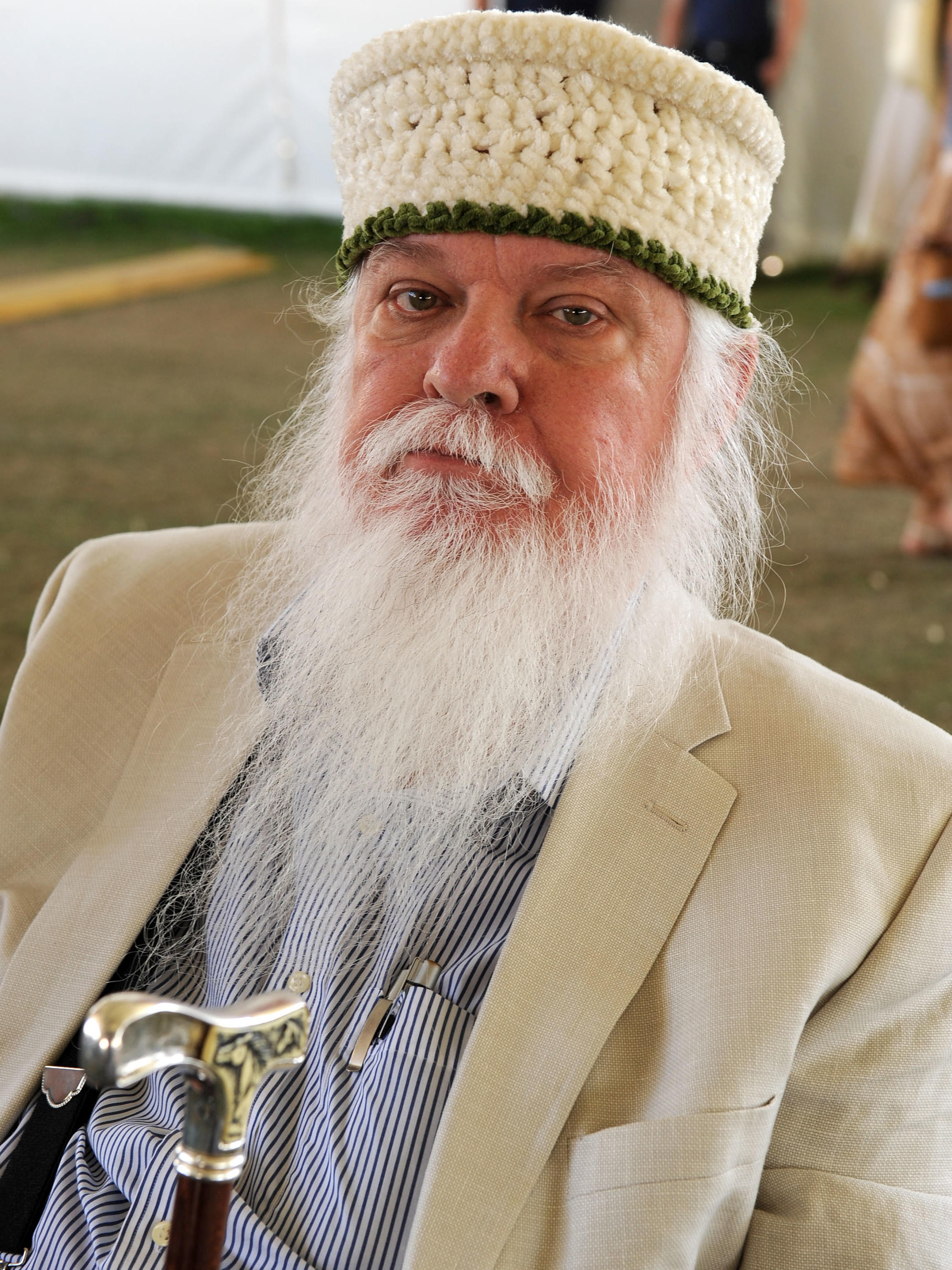 Leon russell died in his sleep last night his family says the singer