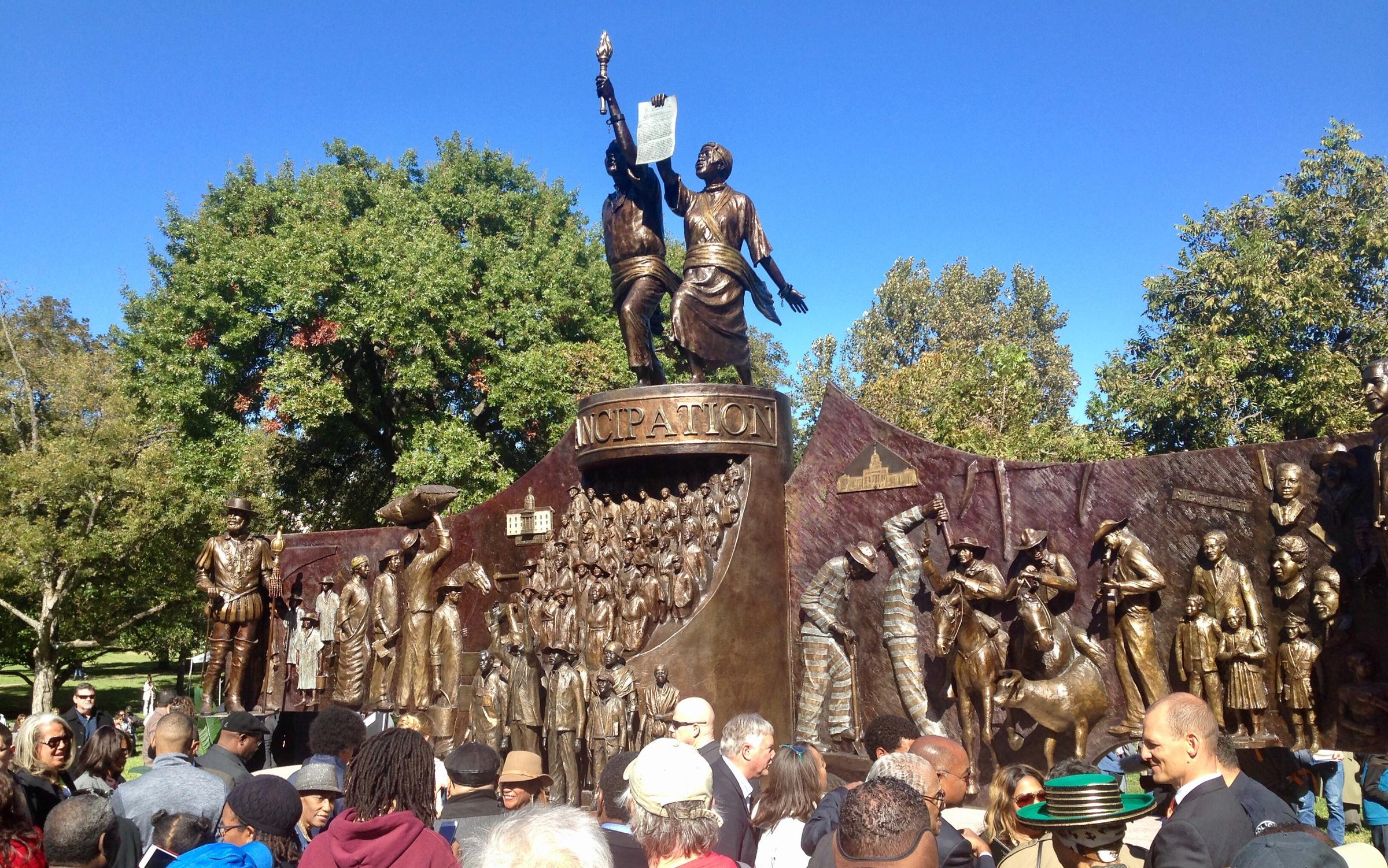 Texas dedicates Capitol monument to African-Americans