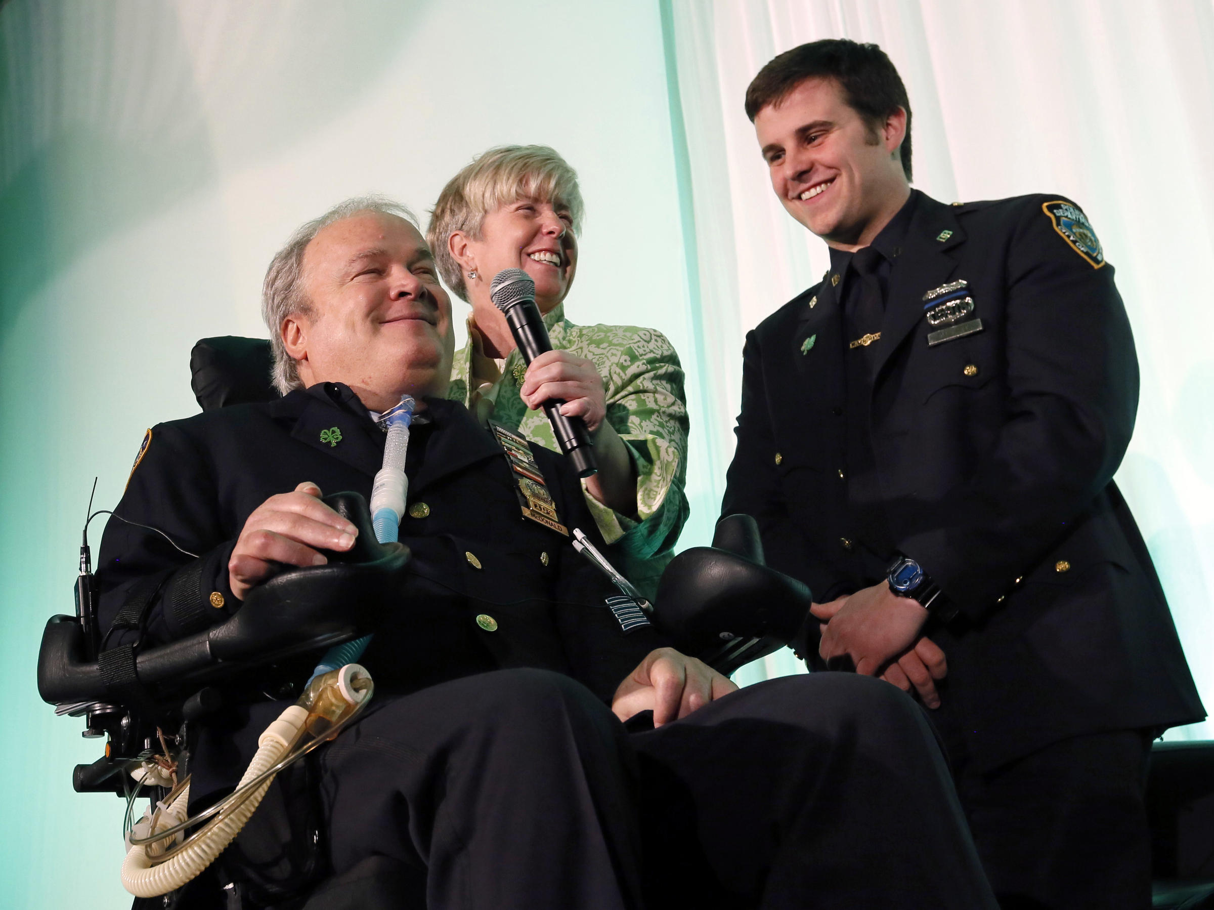 Steven mcdonald a symbol of forgiveness and an nypd icon dies at in march 2015 steven mcdonald gathered with his wife patricia and son biocorpaavc Images
