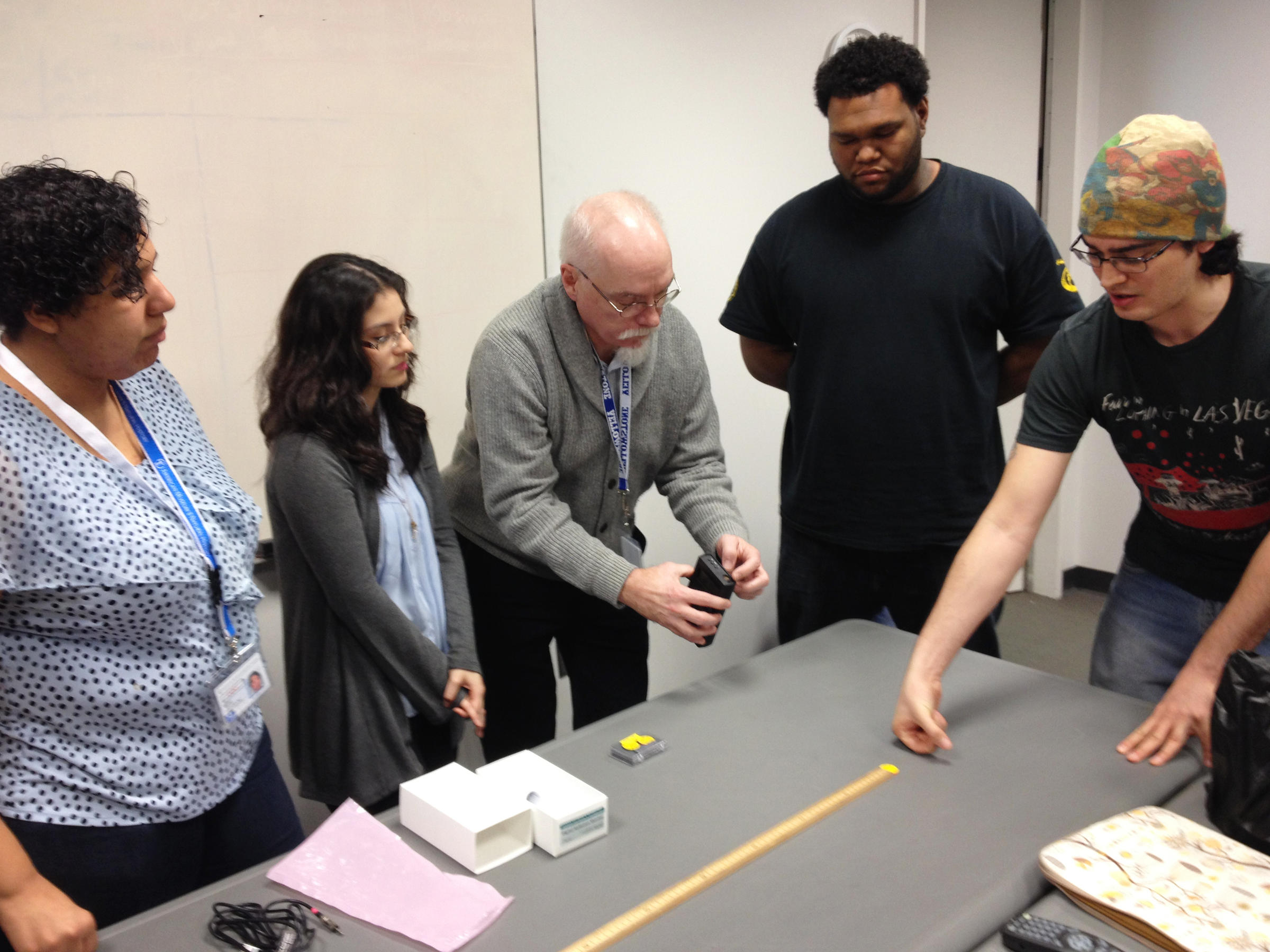"""a research study about facing the Study participants were also more likely to conform if there were a larger number of people facing backward """"this project was really hands- on,"""" senior shamaryah miller said """"we were able to take what we learned in a book and really apply it""""."""