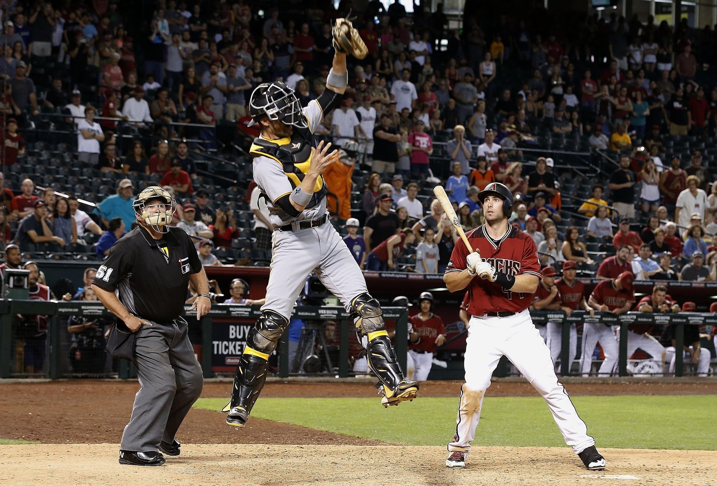Major League Baseball Poised To Change Intentional Walk ...