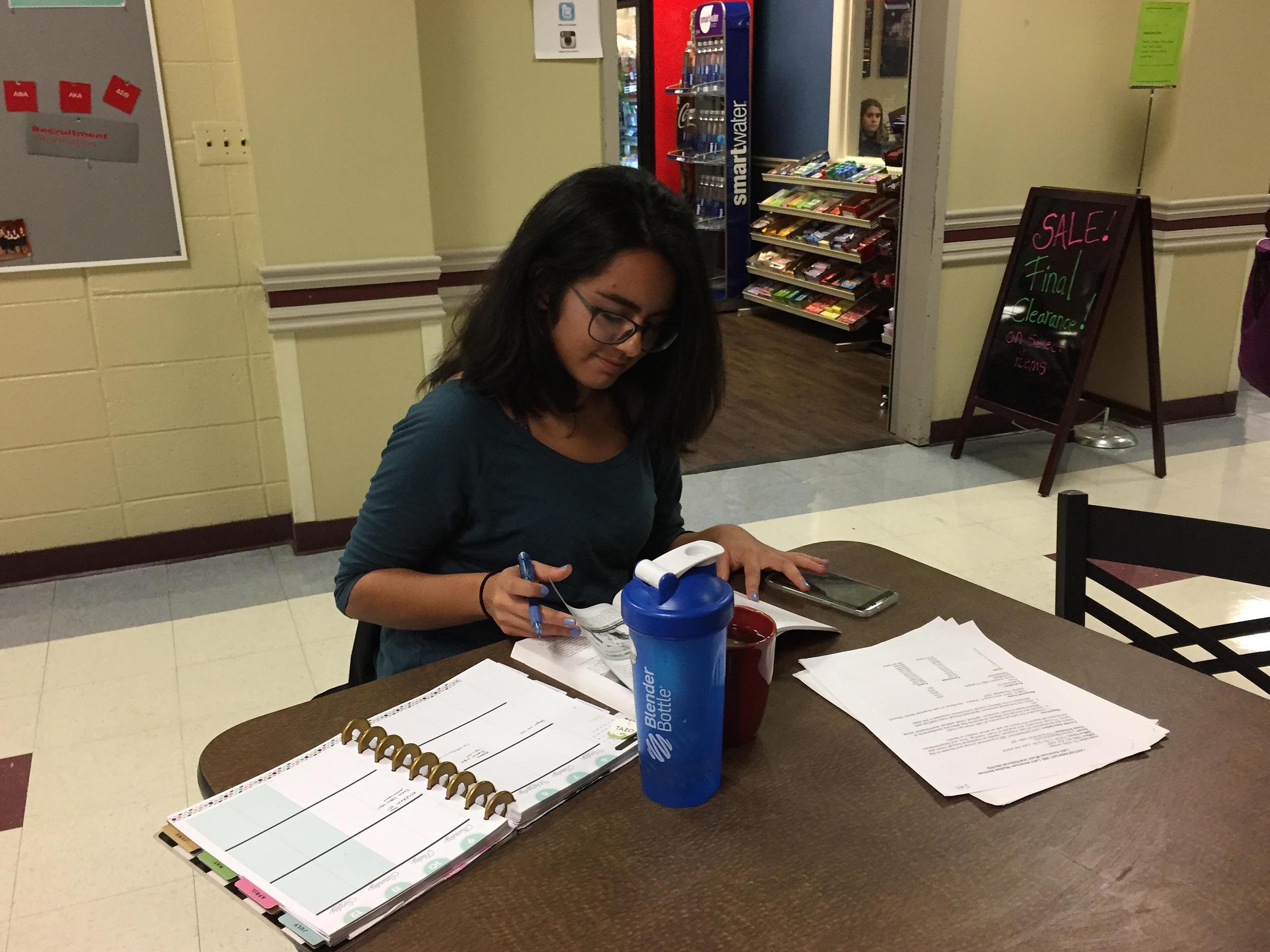 immigration senior project Visualizza il profilo di julia sandquist su linkedin, la più grande comunità professionale al mondo julia ha indicato 14 esperienze lavorative sul suo profilo.