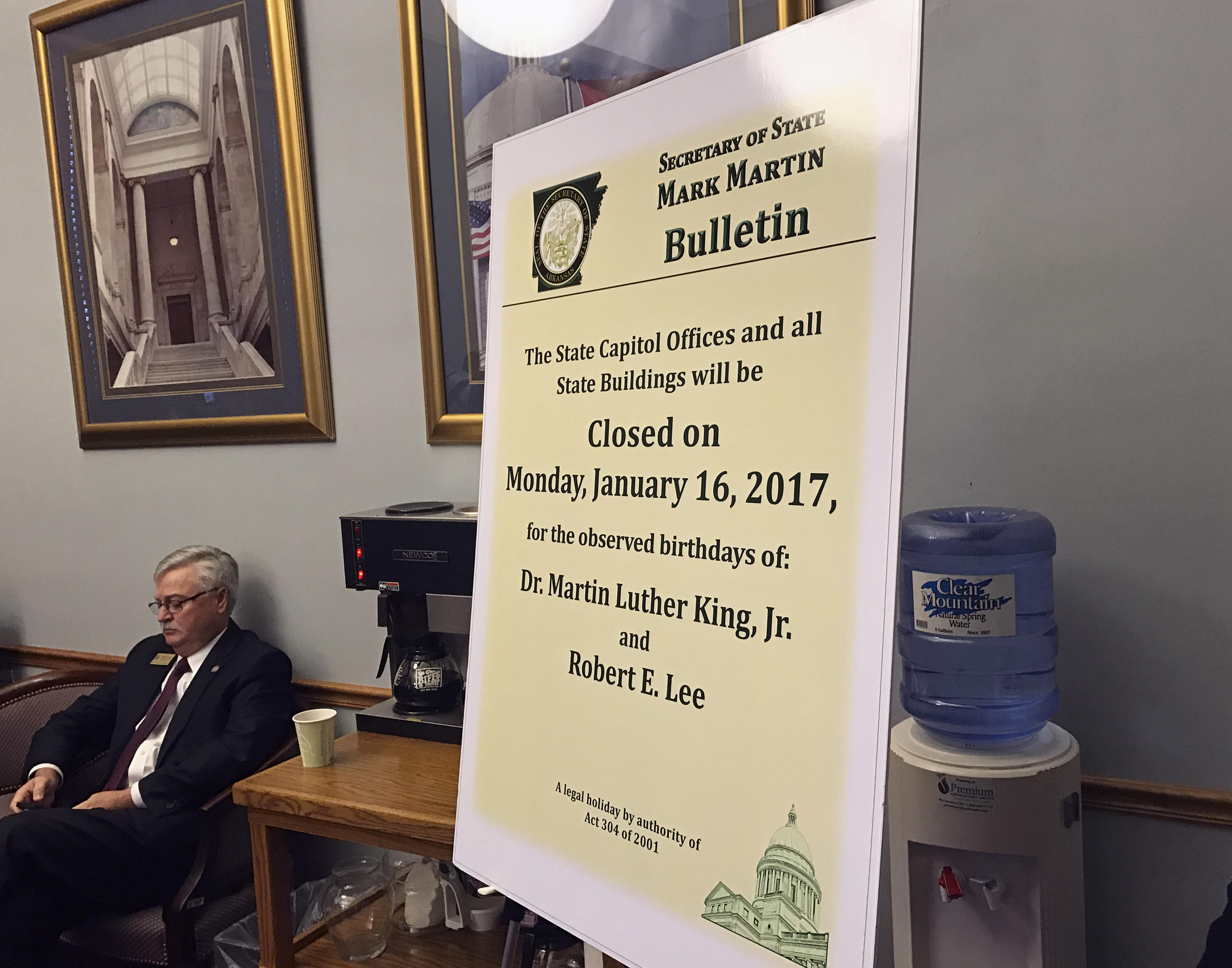 Bill separating King/Lee Holiday now law