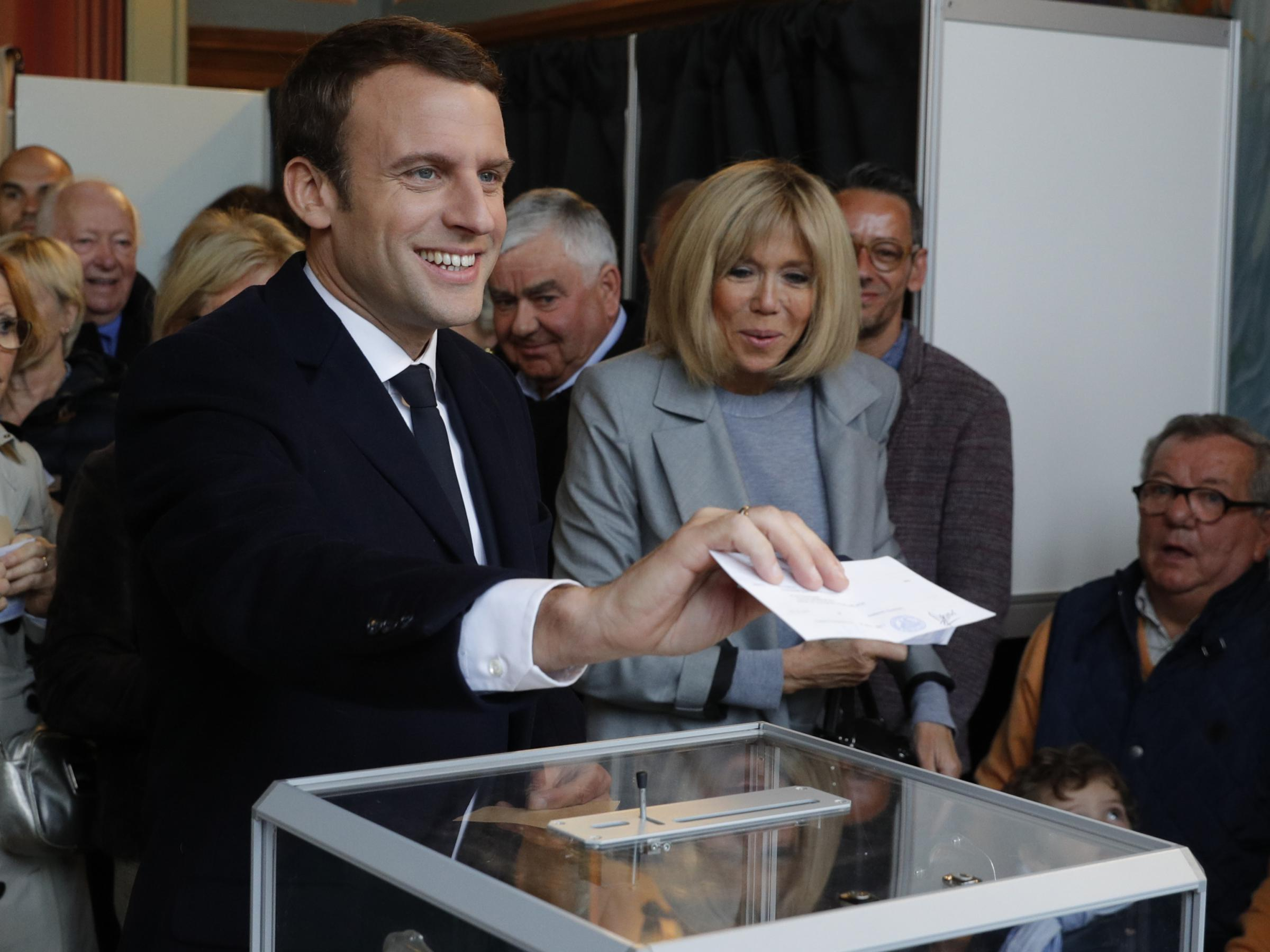 Macron, Le Pen Expected To Advance To French Presidential Runoff