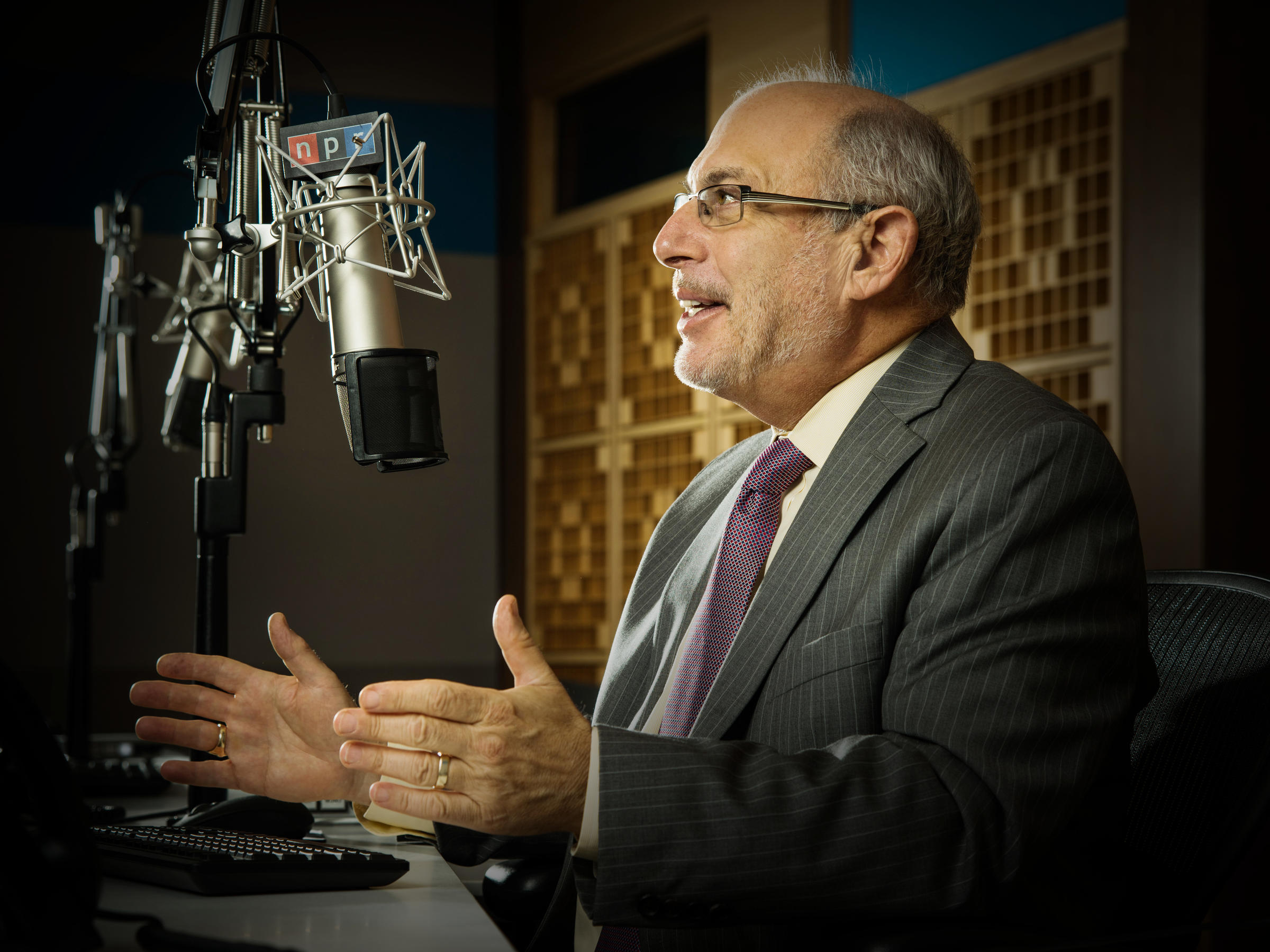 Robert Siegel leaving NPR's 'All Things Considered'
