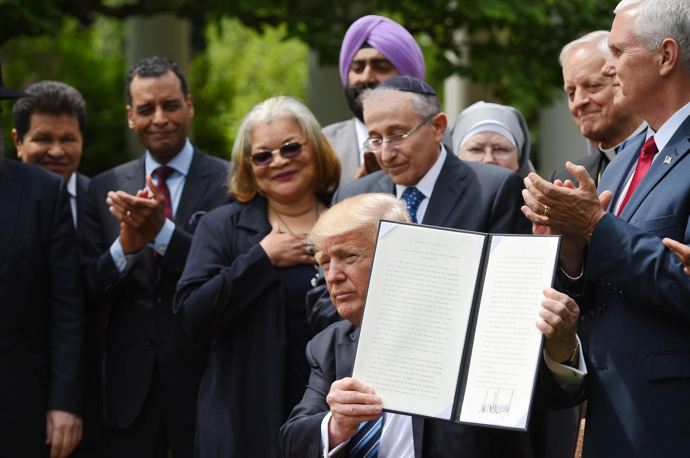 Trump signs executive order to promote religious liberty